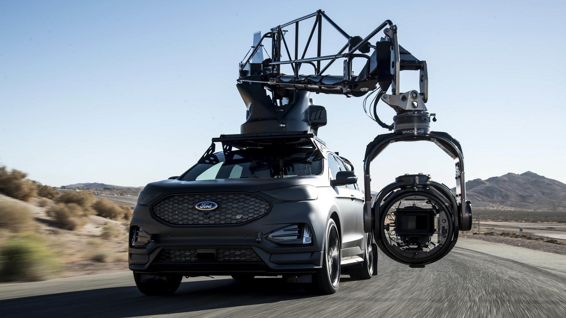 Ford Edge ST Camera Car (28)