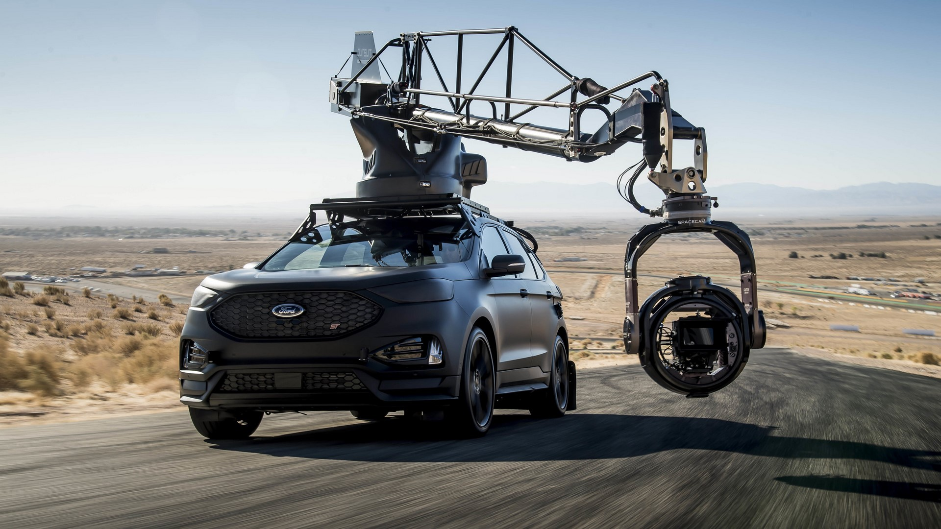 Ford Edge ST Camera Car (31)