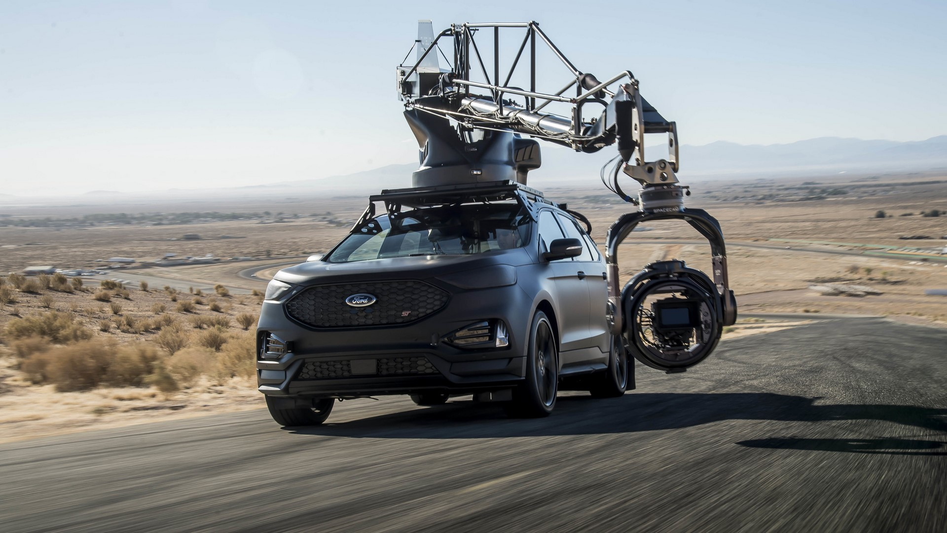 Ford Edge ST Camera Car (43)