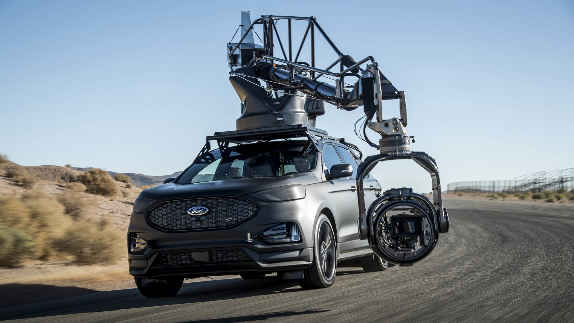 Ford Edge ST Camera Car (48)