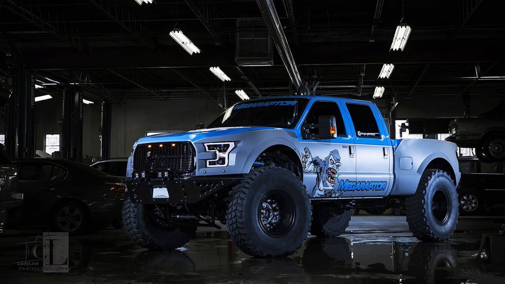 ford-f-350-mega-raptor-by-defco-trucks
