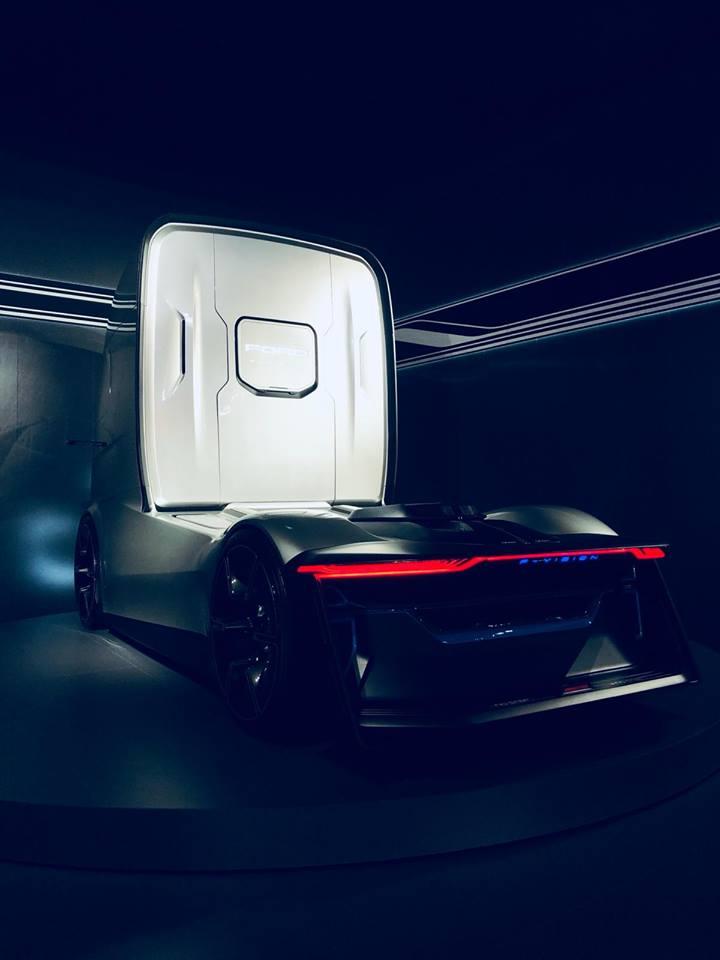 Ford F-Vision Future Truck Concept (4)