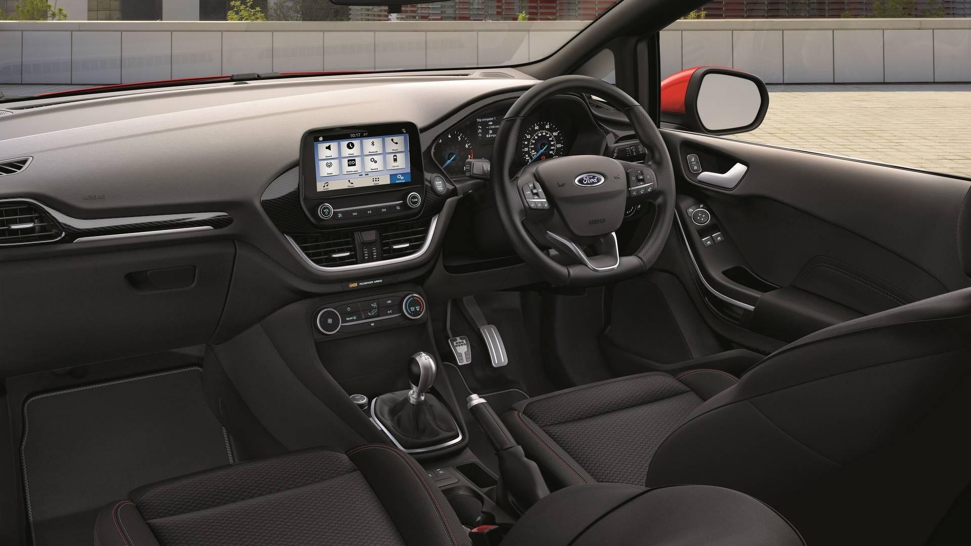 Ford_Fiesta_Sport_Van_0002