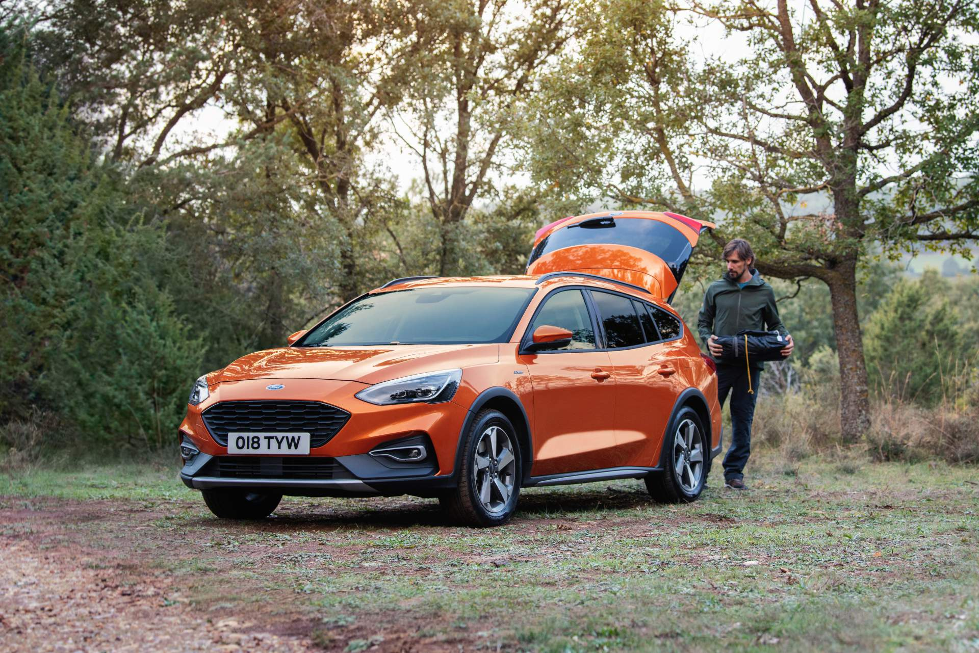 Ford Focus Active Wagon 2019 (11)