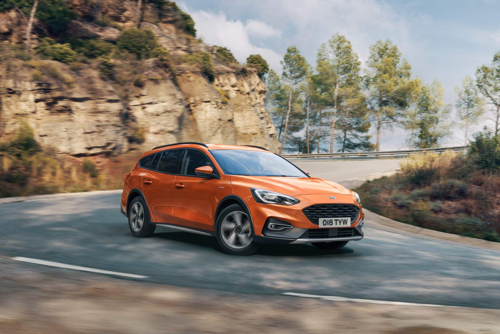 Ford Focus Active Wagon 2019 (5)