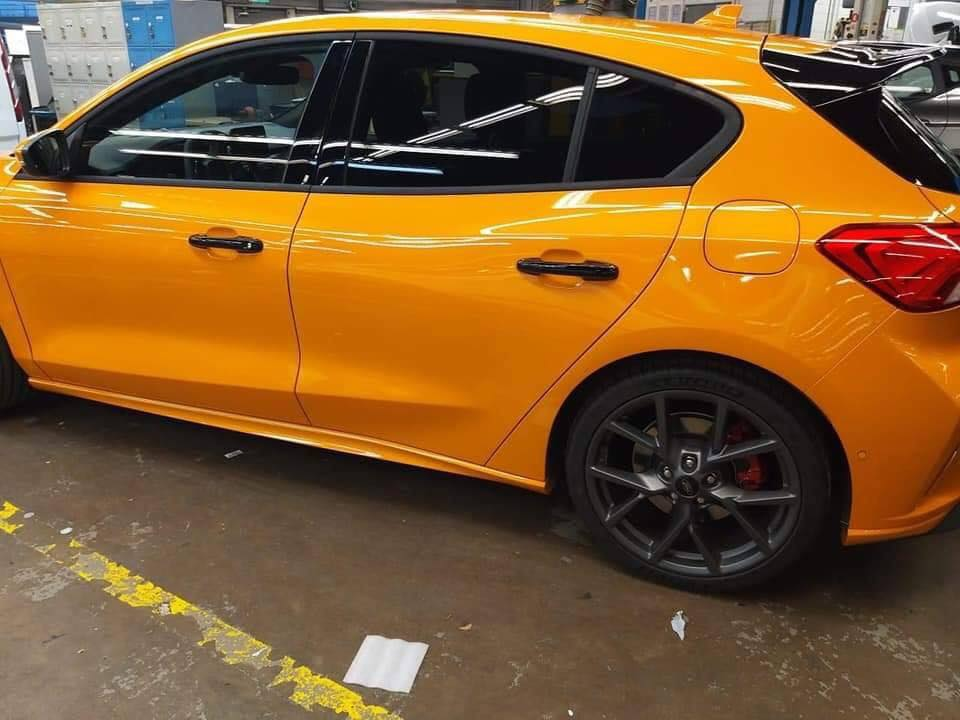 Ford Focus ST 2019 first photos (3)