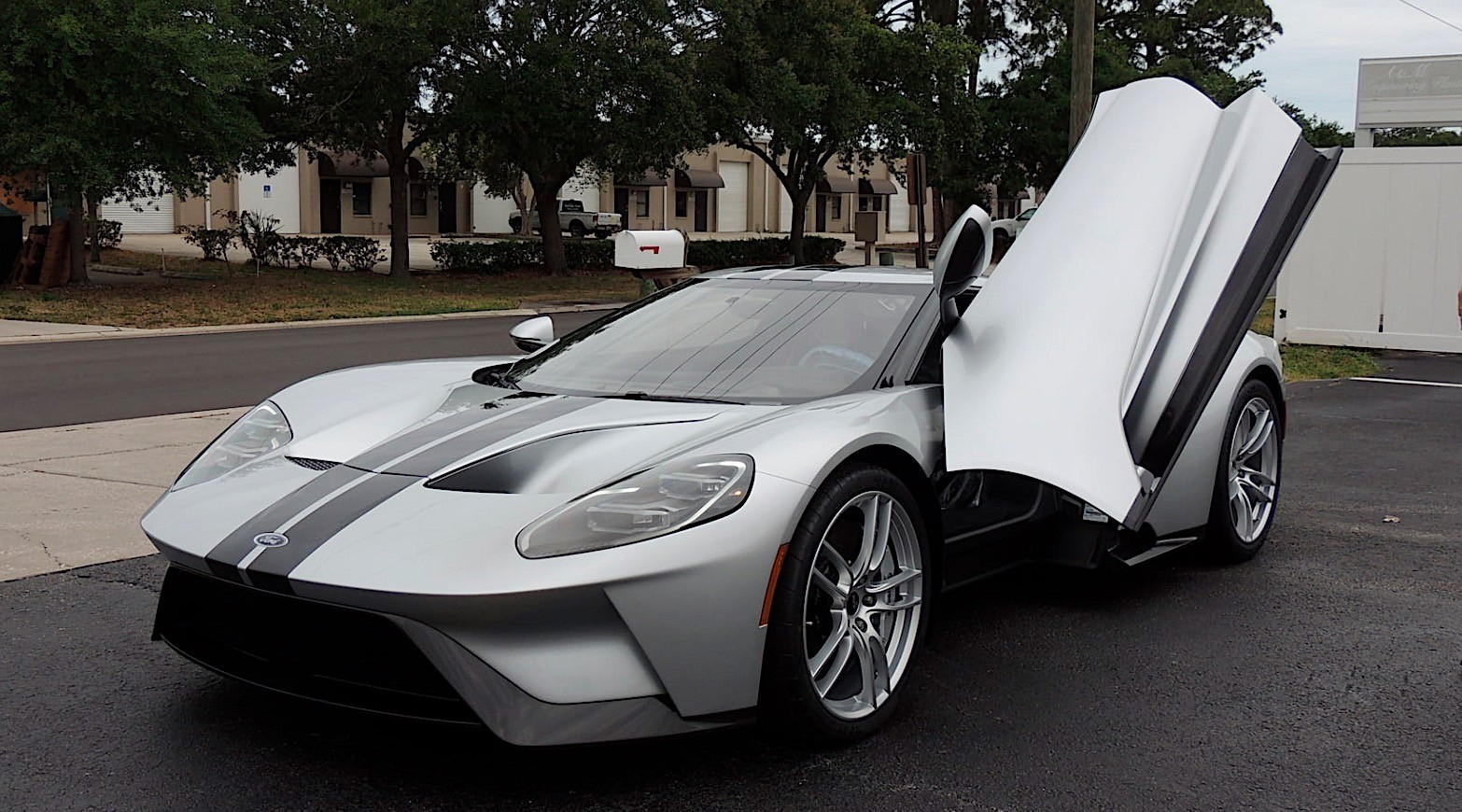 Ford GT Auction (4)