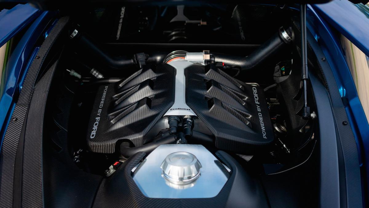 2017-ford-gt-john-cena-engine-1