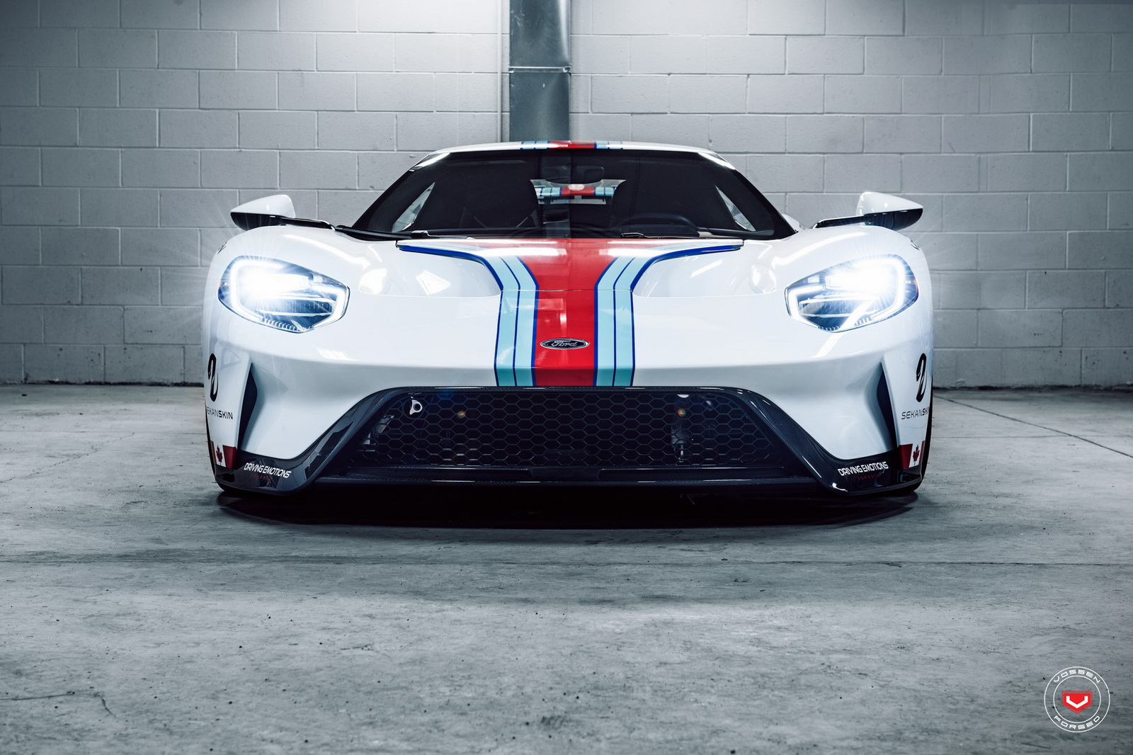 ford-gt-martini-livery-vossen-wheels-11