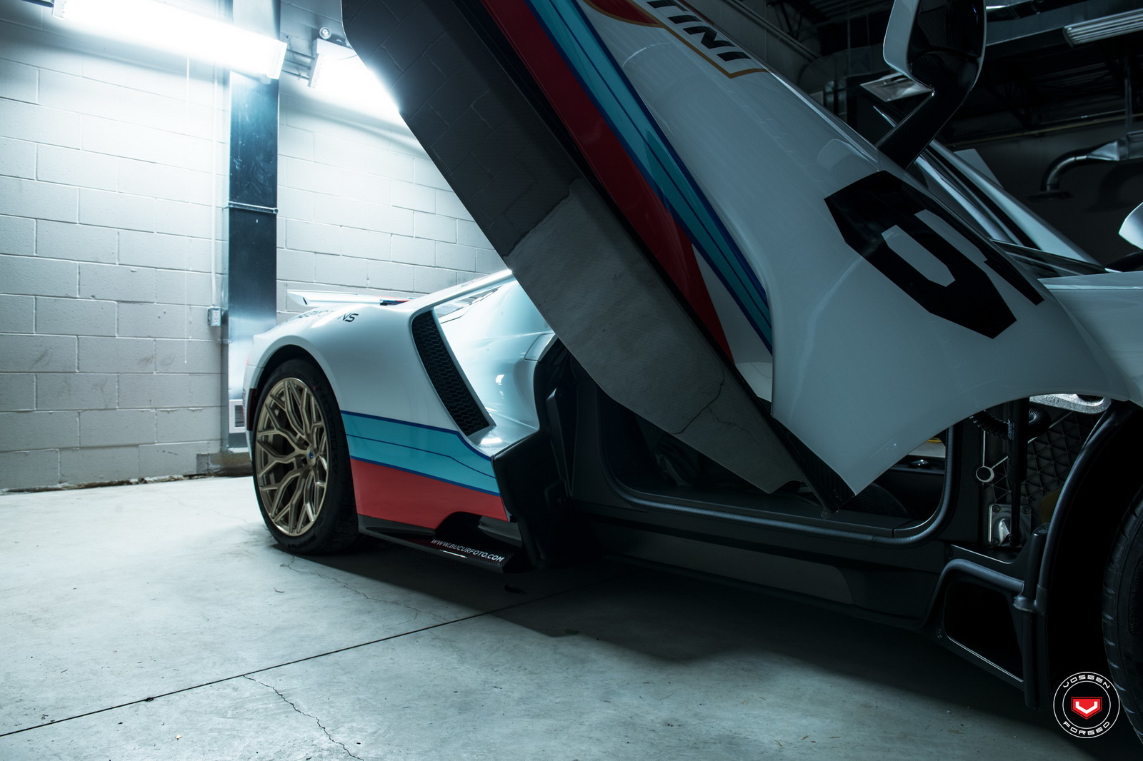 ford-gt-martini-livery-vossen-wheels-21