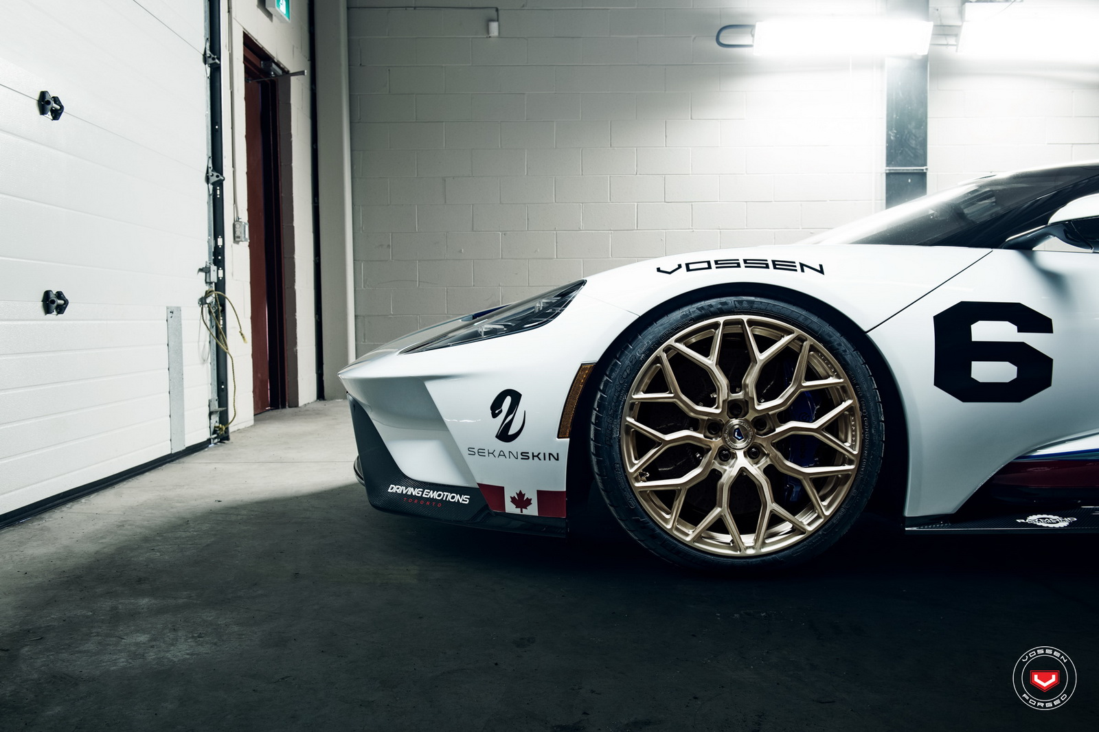 ford-gt-martini-livery-vossen-wheels-5