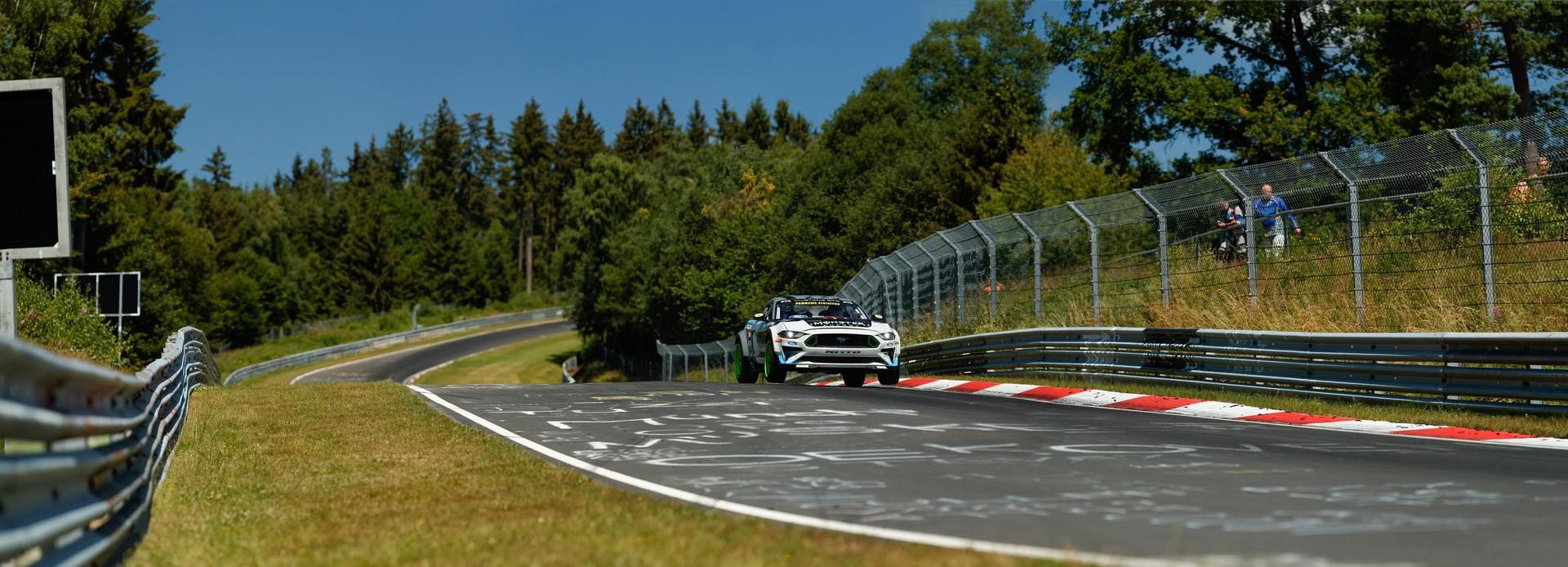 Ford_Mustang_RTR_Nurburgring_0001