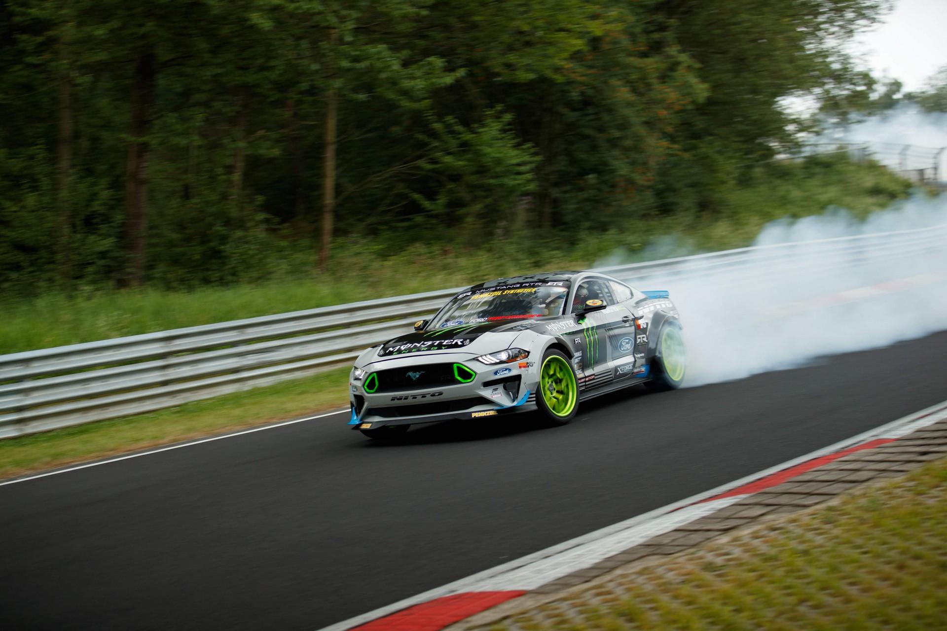 Ford_Mustang_RTR_Nurburgring_0004