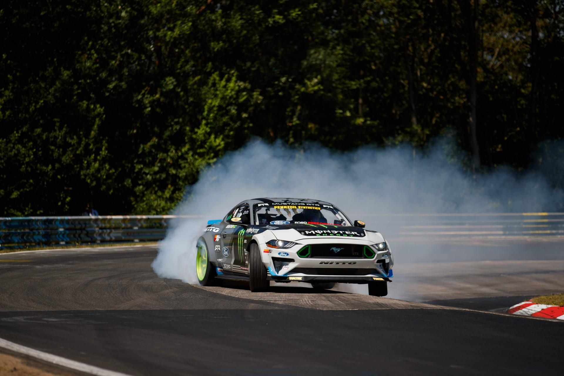 Ford_Mustang_RTR_Nurburgring_0007