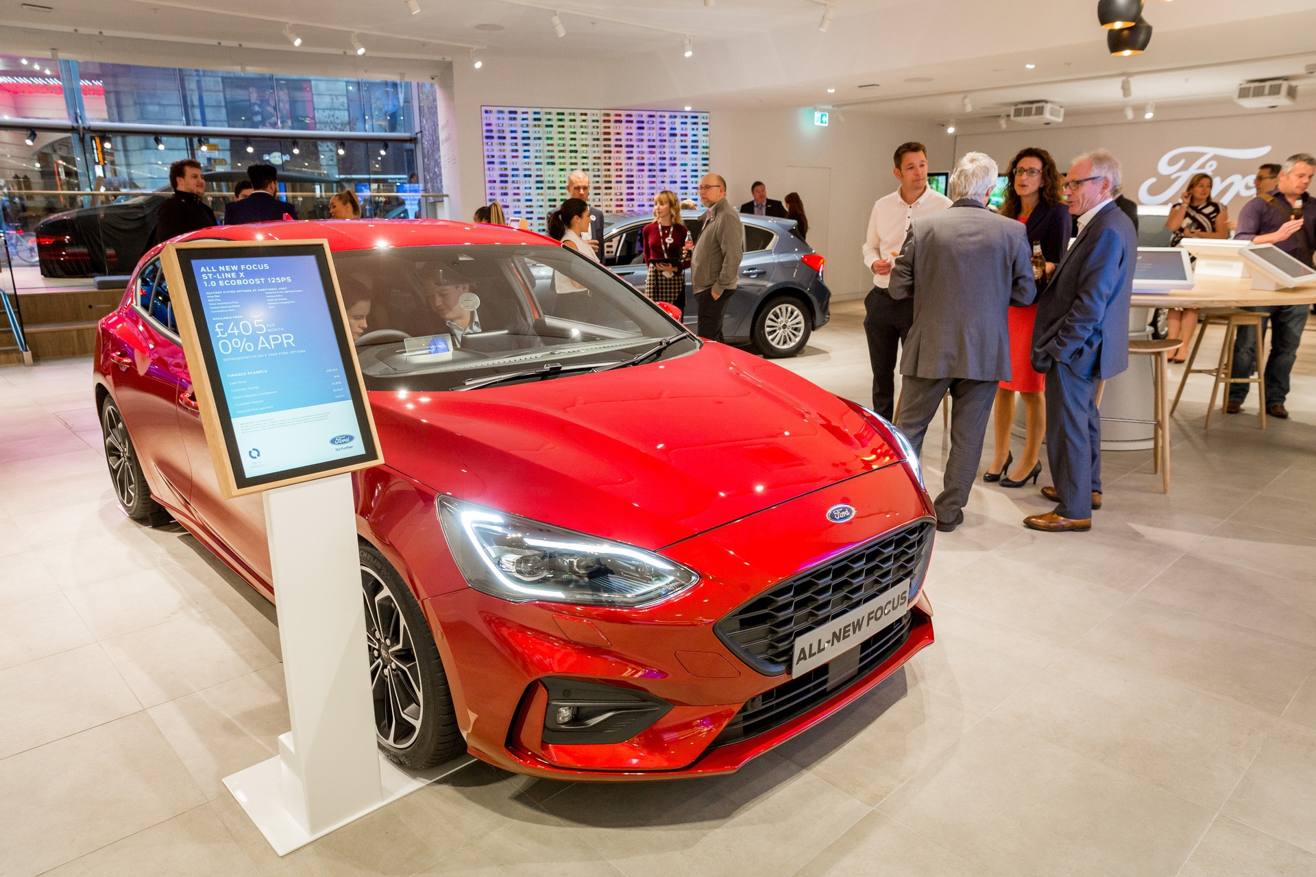 Ford DigitalStore Manchester 04