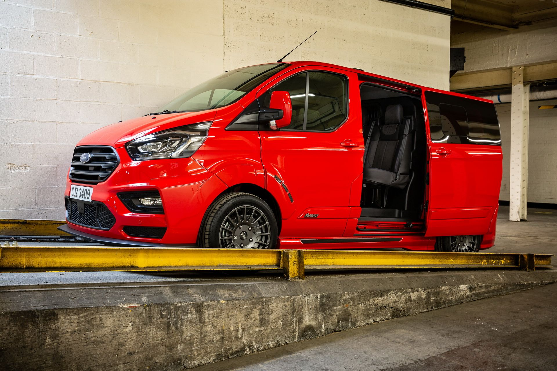Ford_Transit_by_MS-RT_0022
