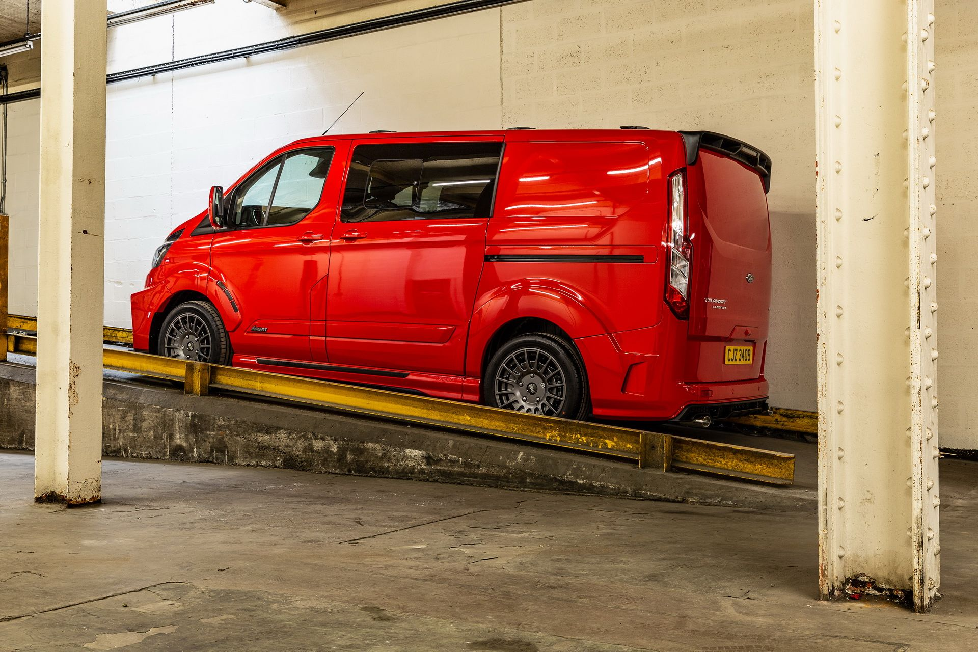 Ford_Transit_by_MS-RT_0024