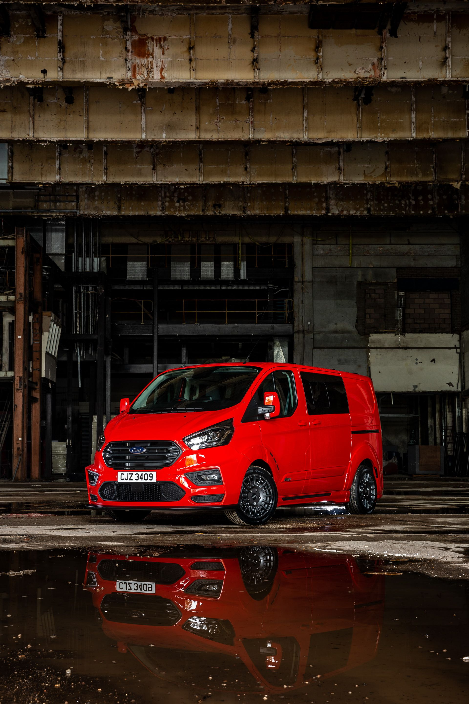 Ford_Transit_by_MS-RT_0030