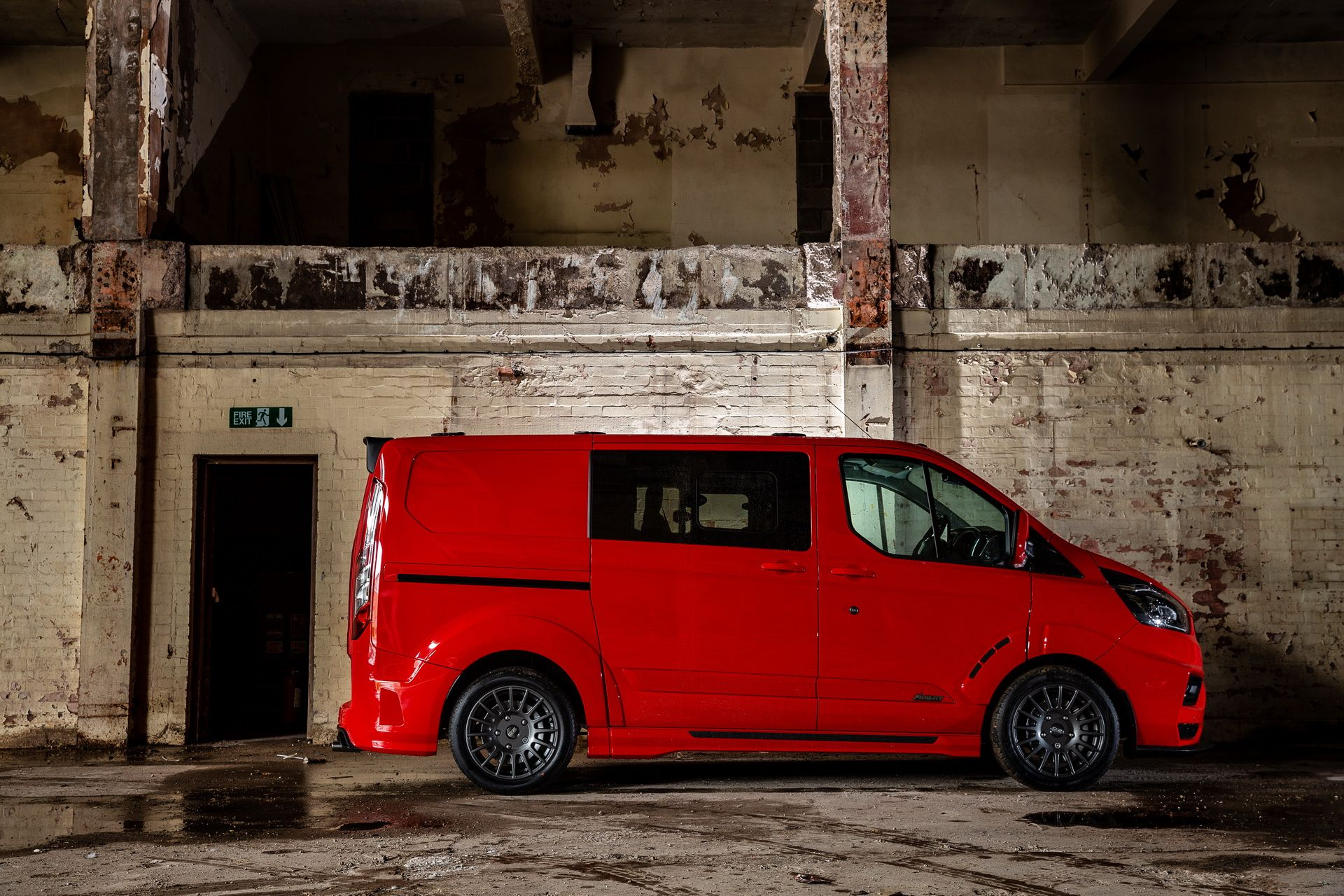 Ford_Transit_by_MS-RT_0031