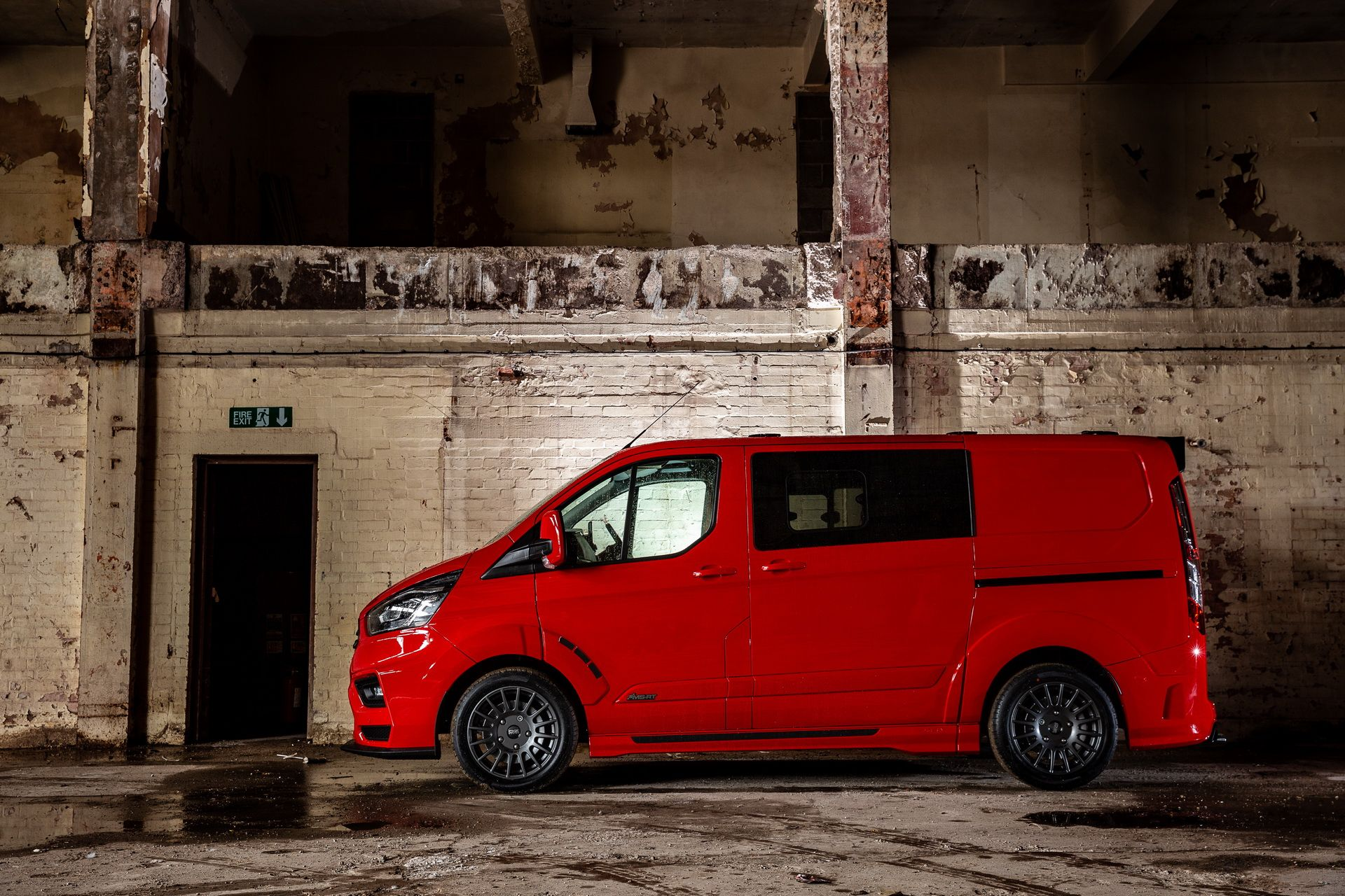 Ford_Transit_by_MS-RT_0032