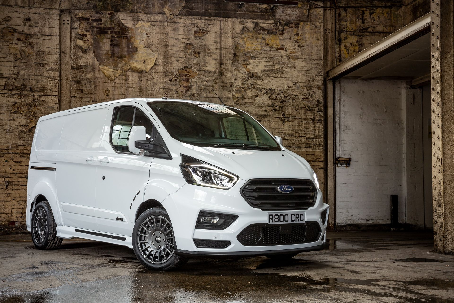 Ford_Transit_by_MS-RT_0052