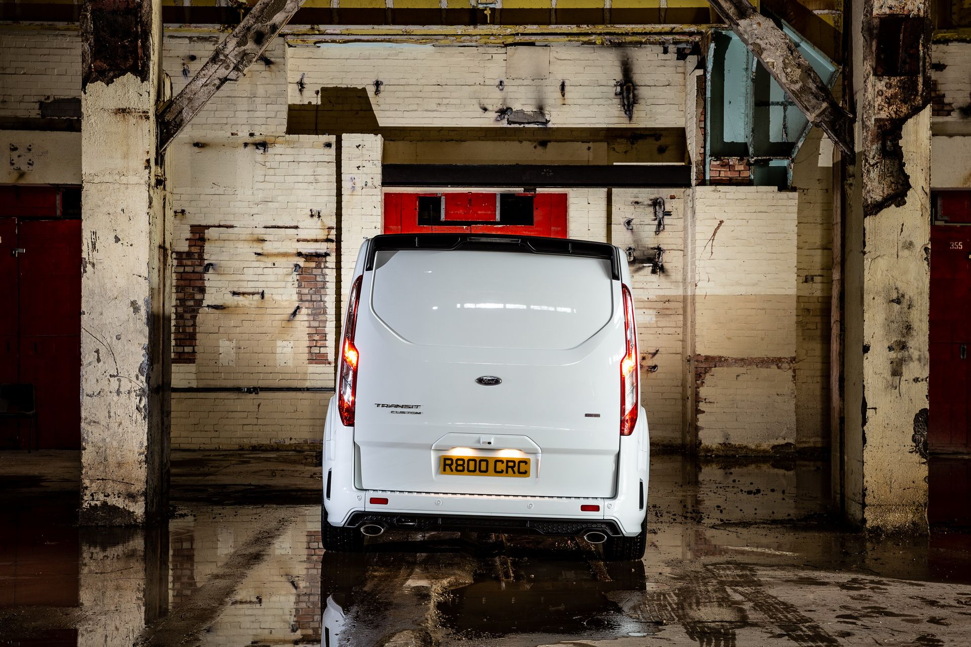 Ford_Transit_by_MS-RT_0069