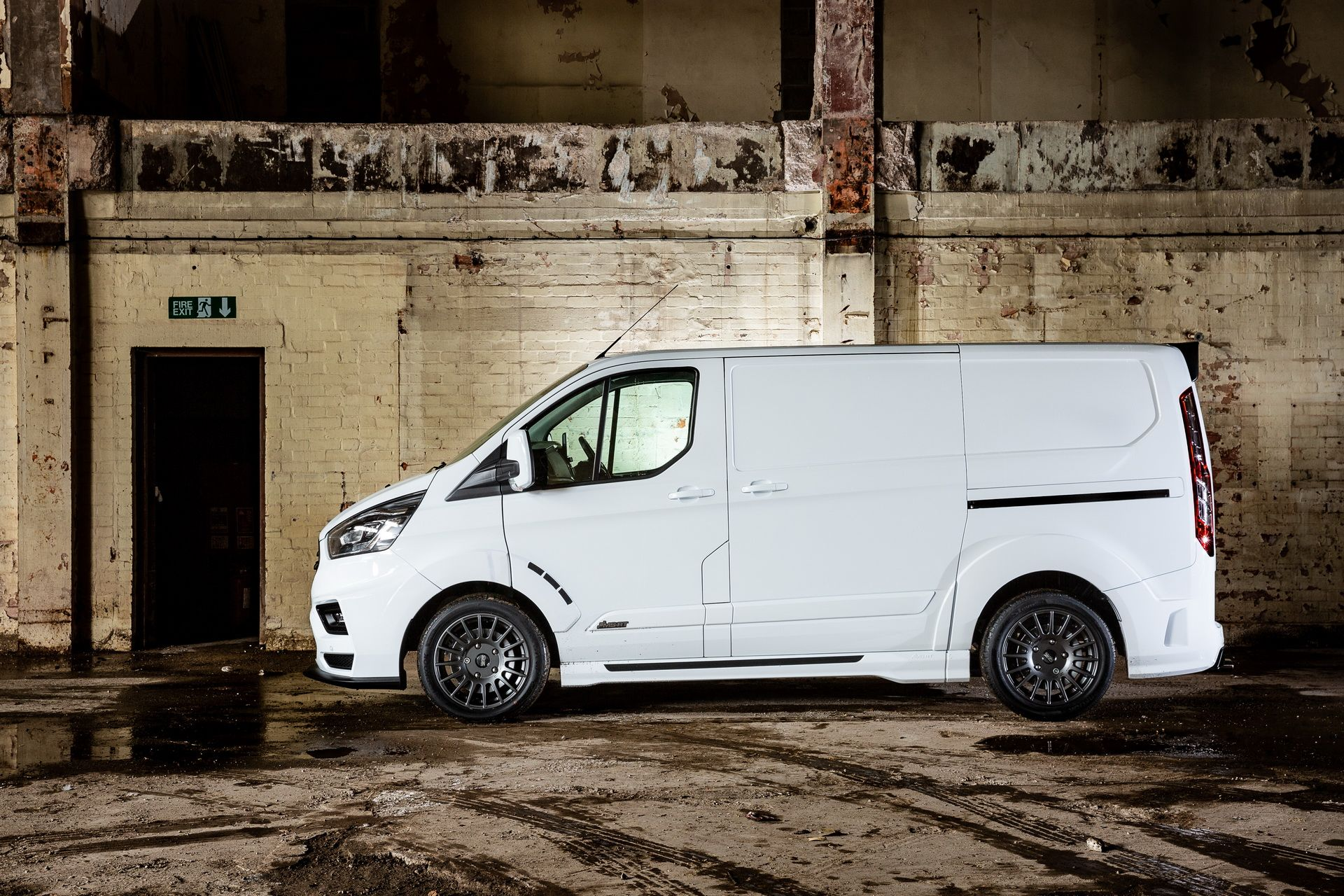 Ford_Transit_by_MS-RT_0071