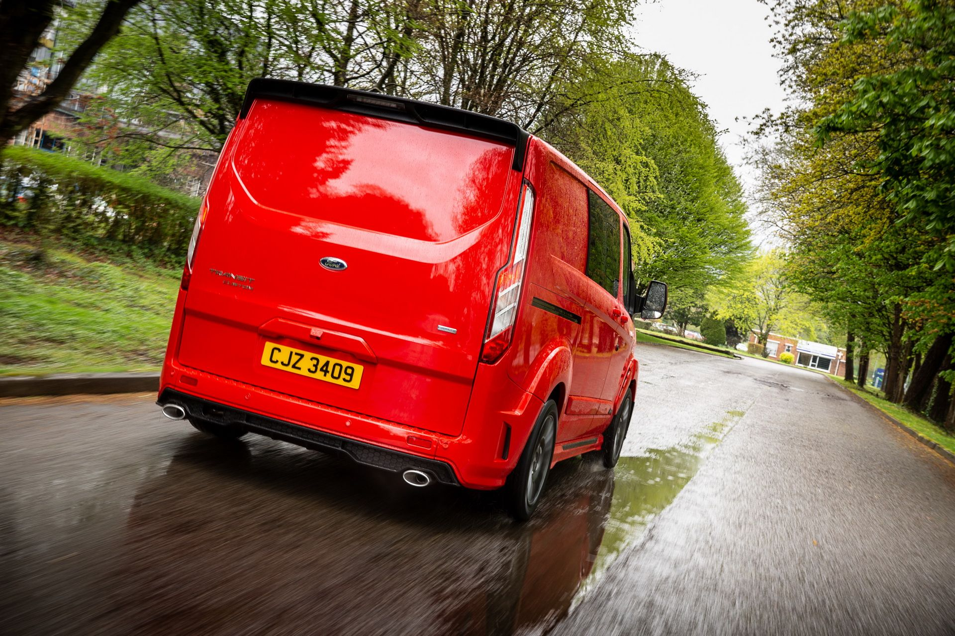 Ford_Transit_by_MS-RT_0095