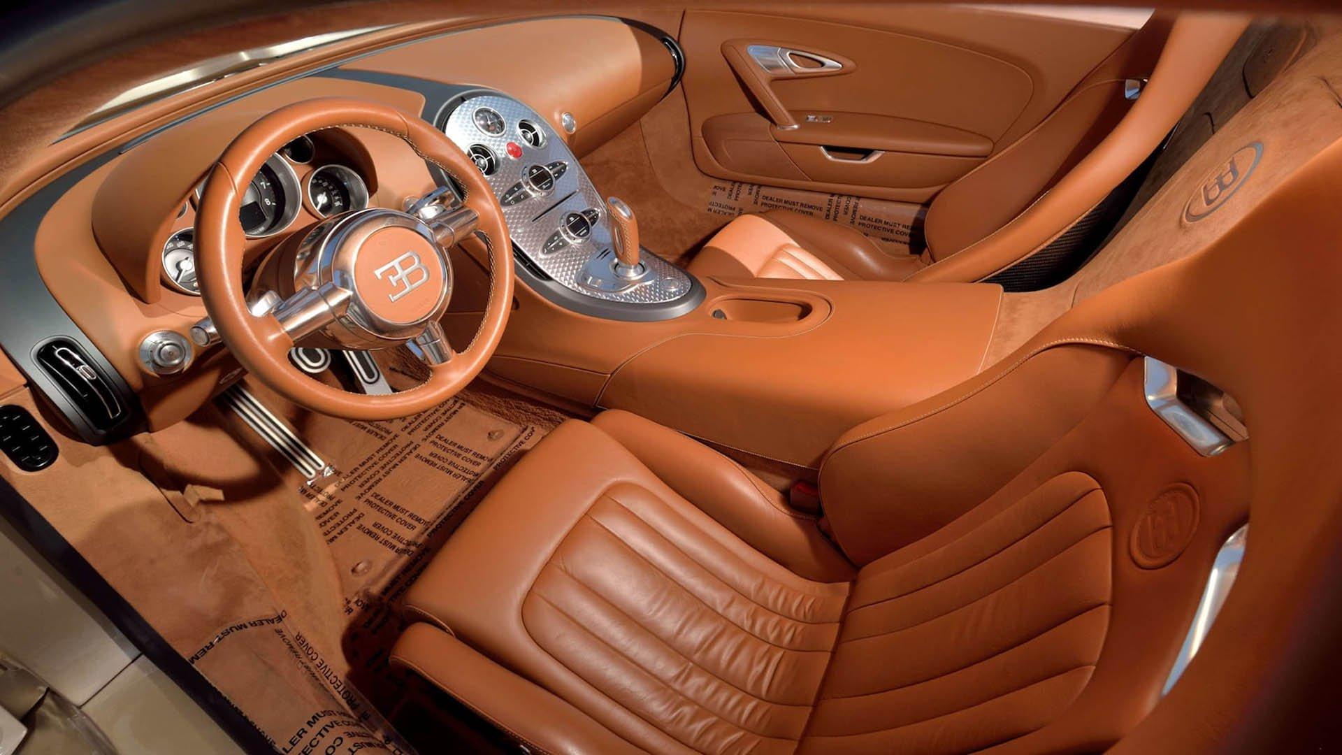 08b1509d-bugatti-veyrons-mecum-monterey-07