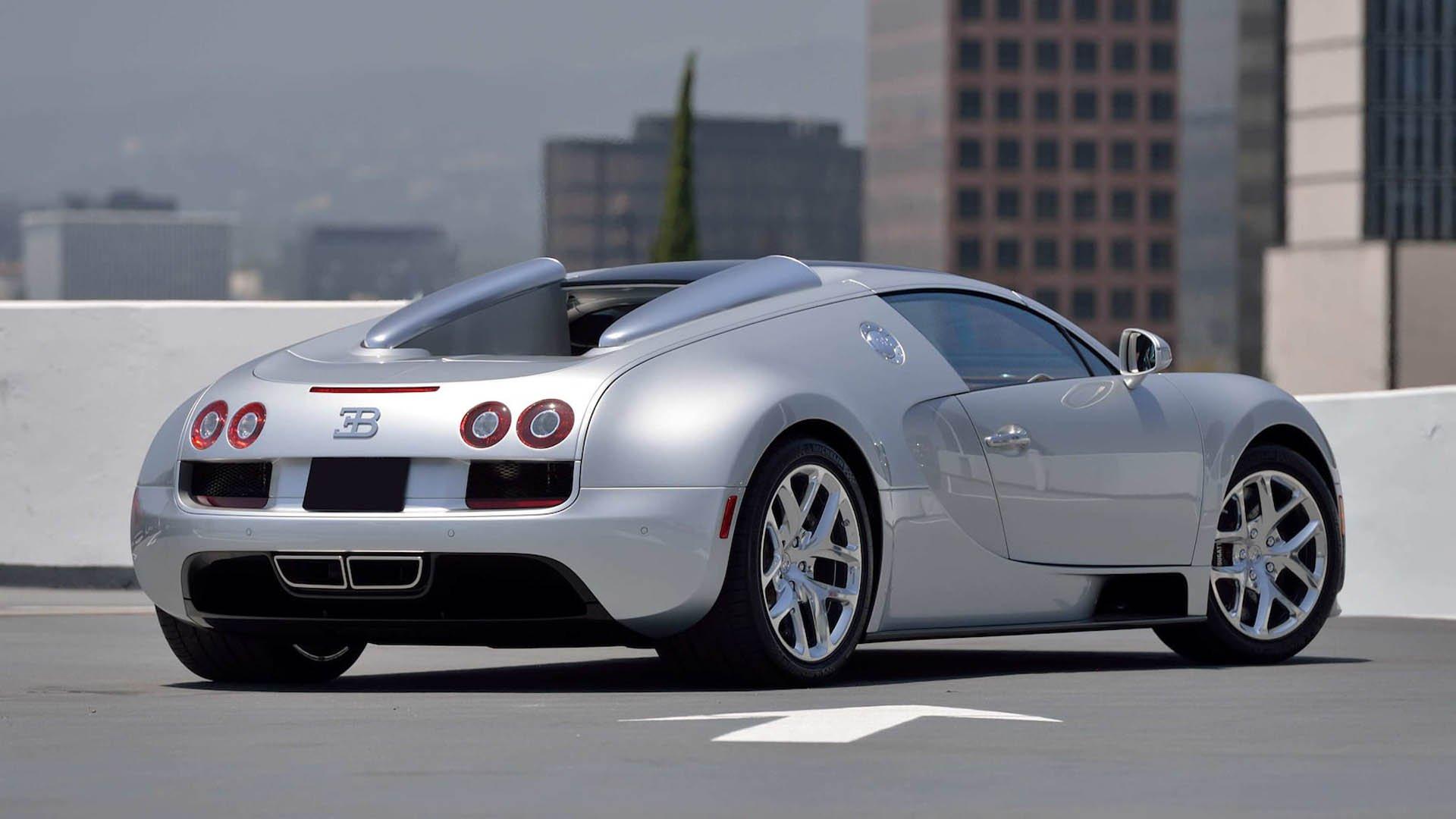 4c39f2c5-bugatti-veyrons-mecum-monterey-11