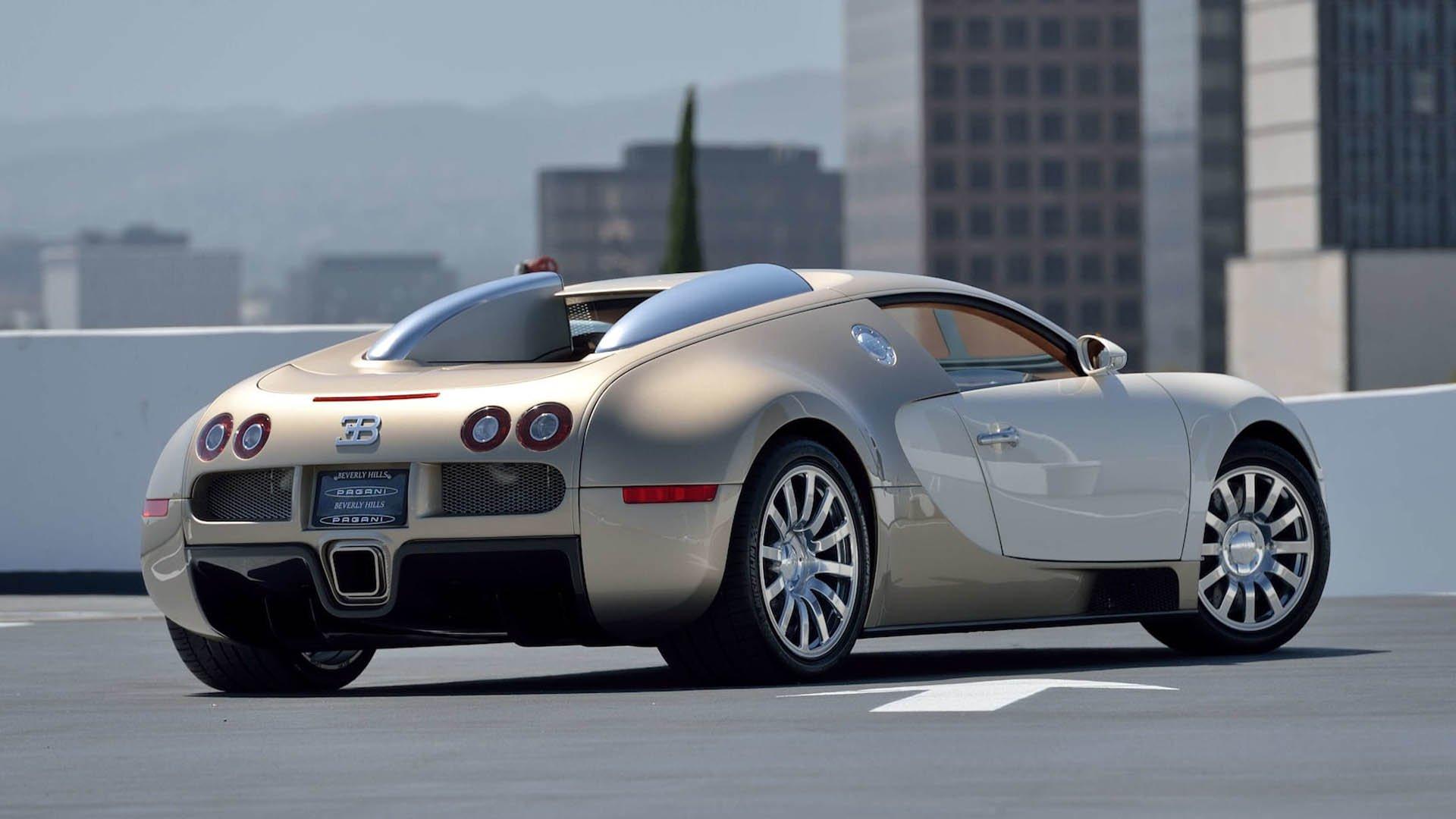 c648aec8-bugatti-veyrons-mecum-monterey-08