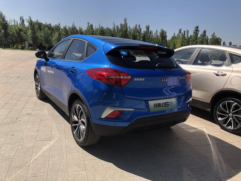 Geely Emgrand GSe (4)