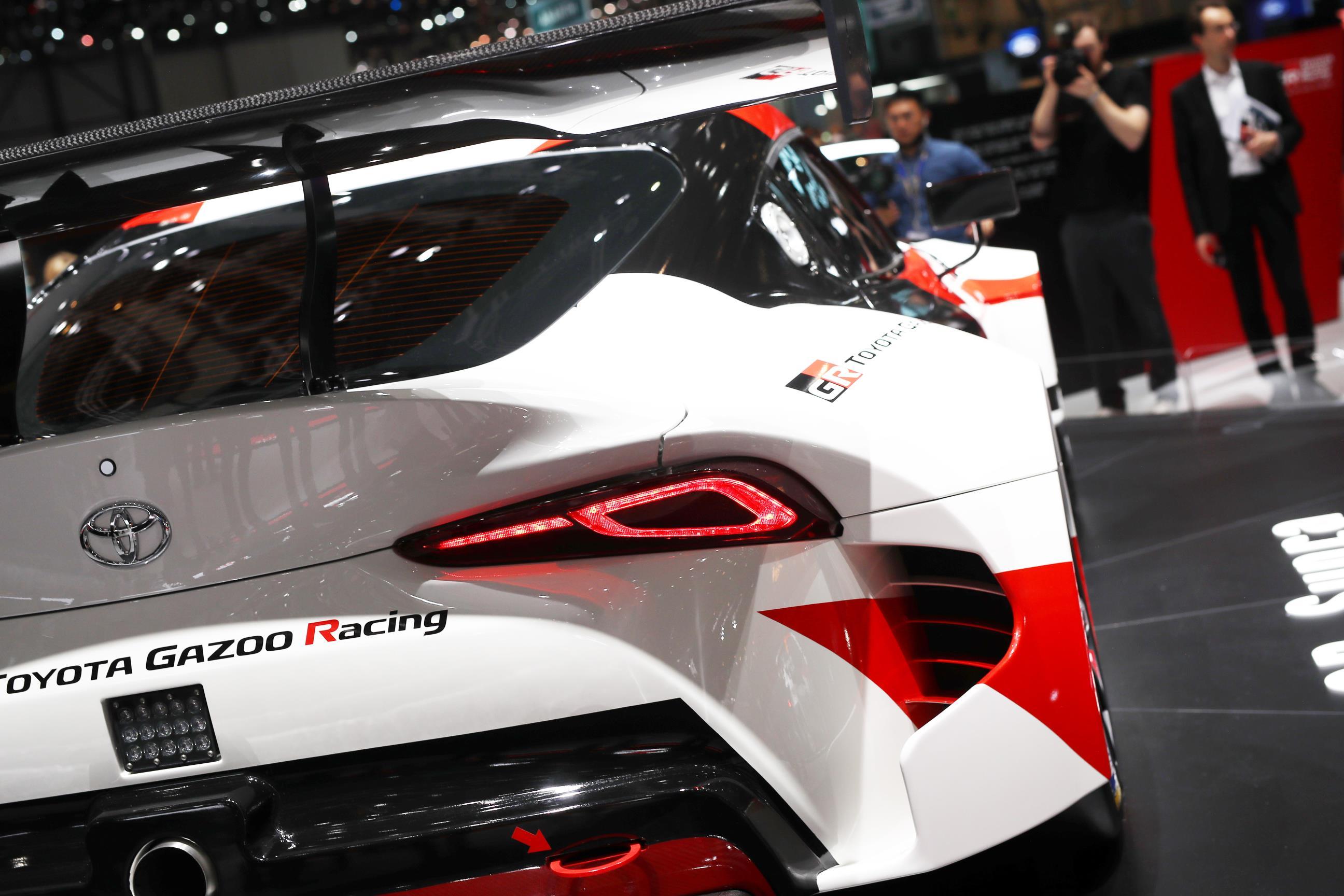 Geneva Motor Show 2018 Mega Gallery Part 1 (15)