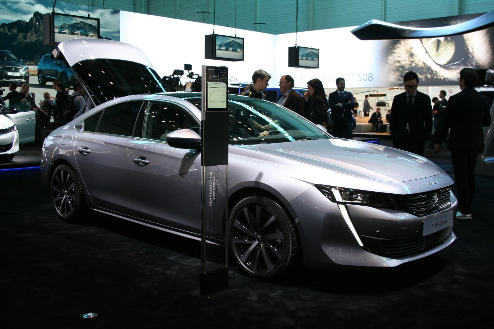 Geneva Motor Show 2018 Mega Gallery Part 1 (165)