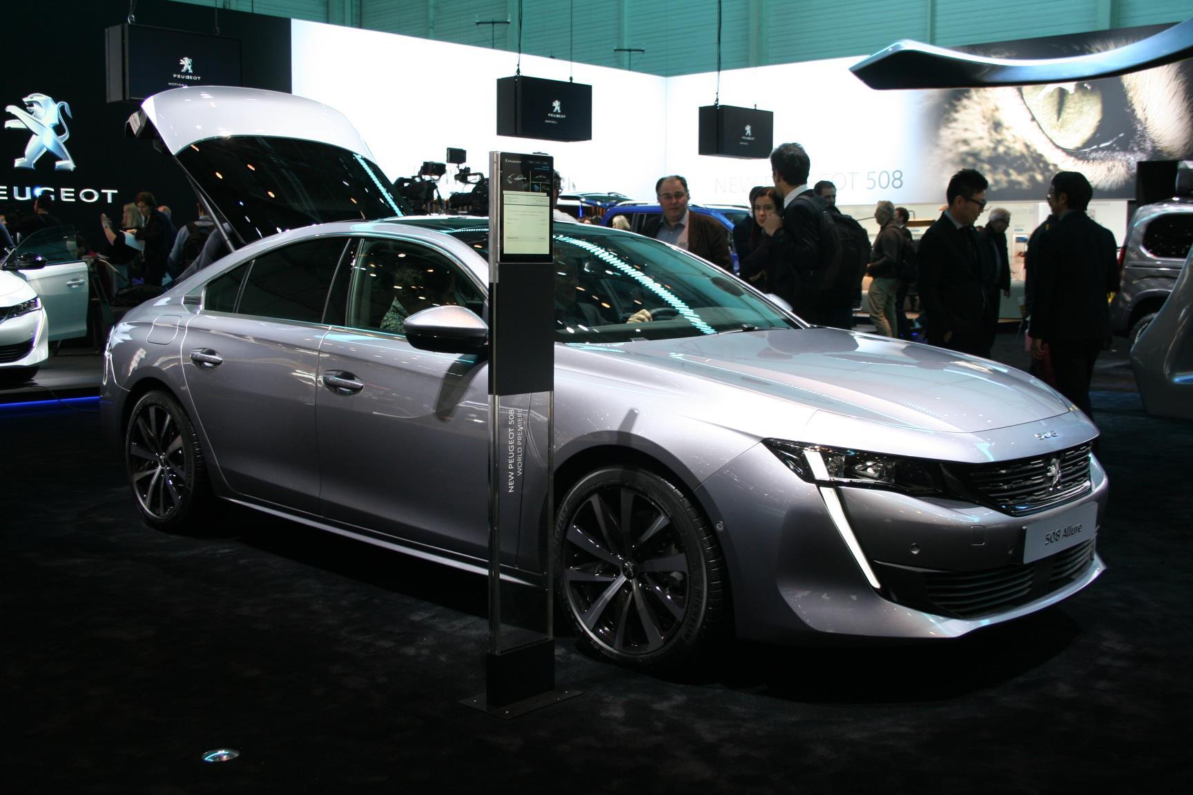 Geneva Motor Show 2018 Mega Gallery Part 1 (166)