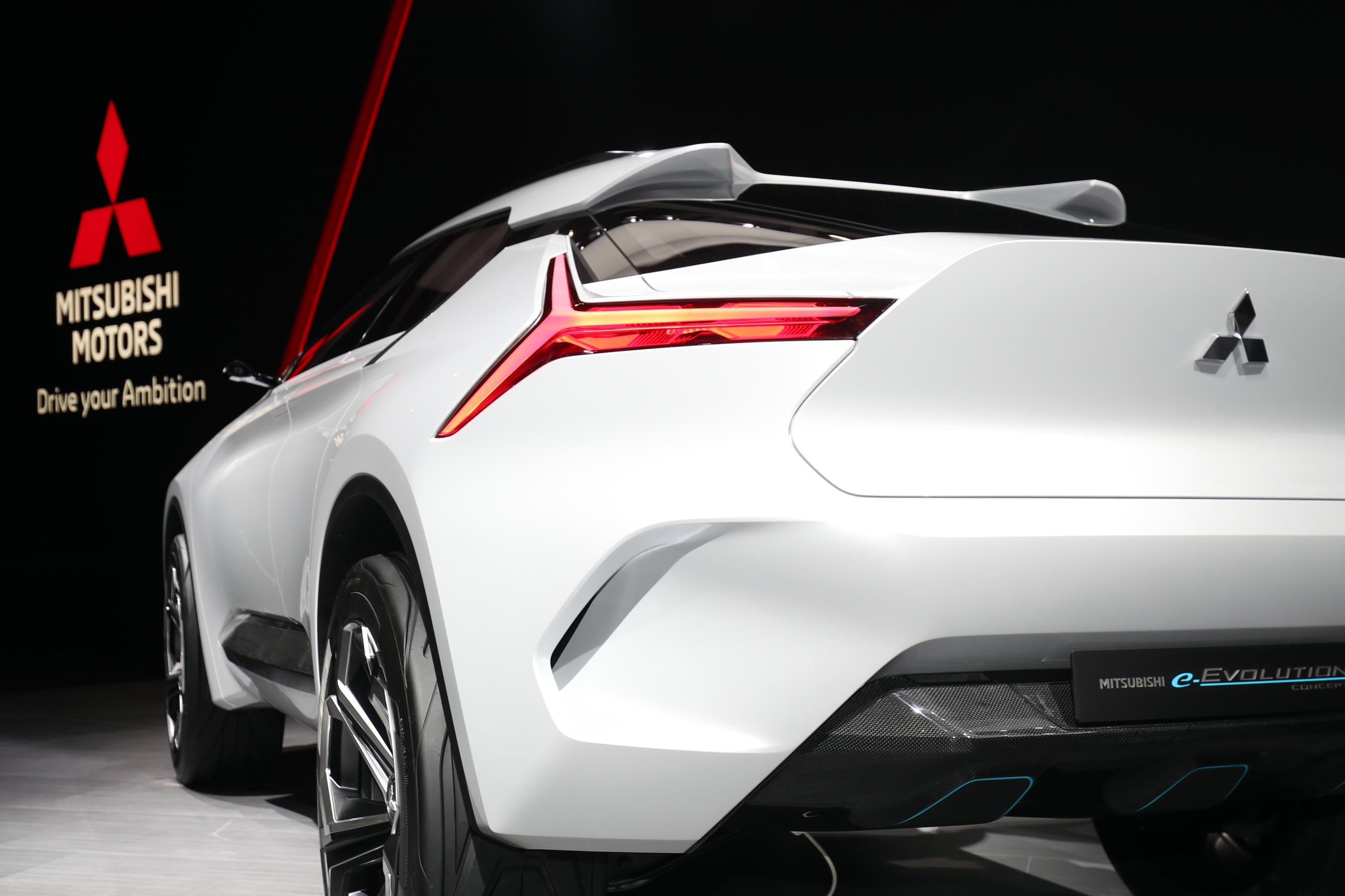 Geneva Motor Show 2018 Mega Gallery Part 1 (215)