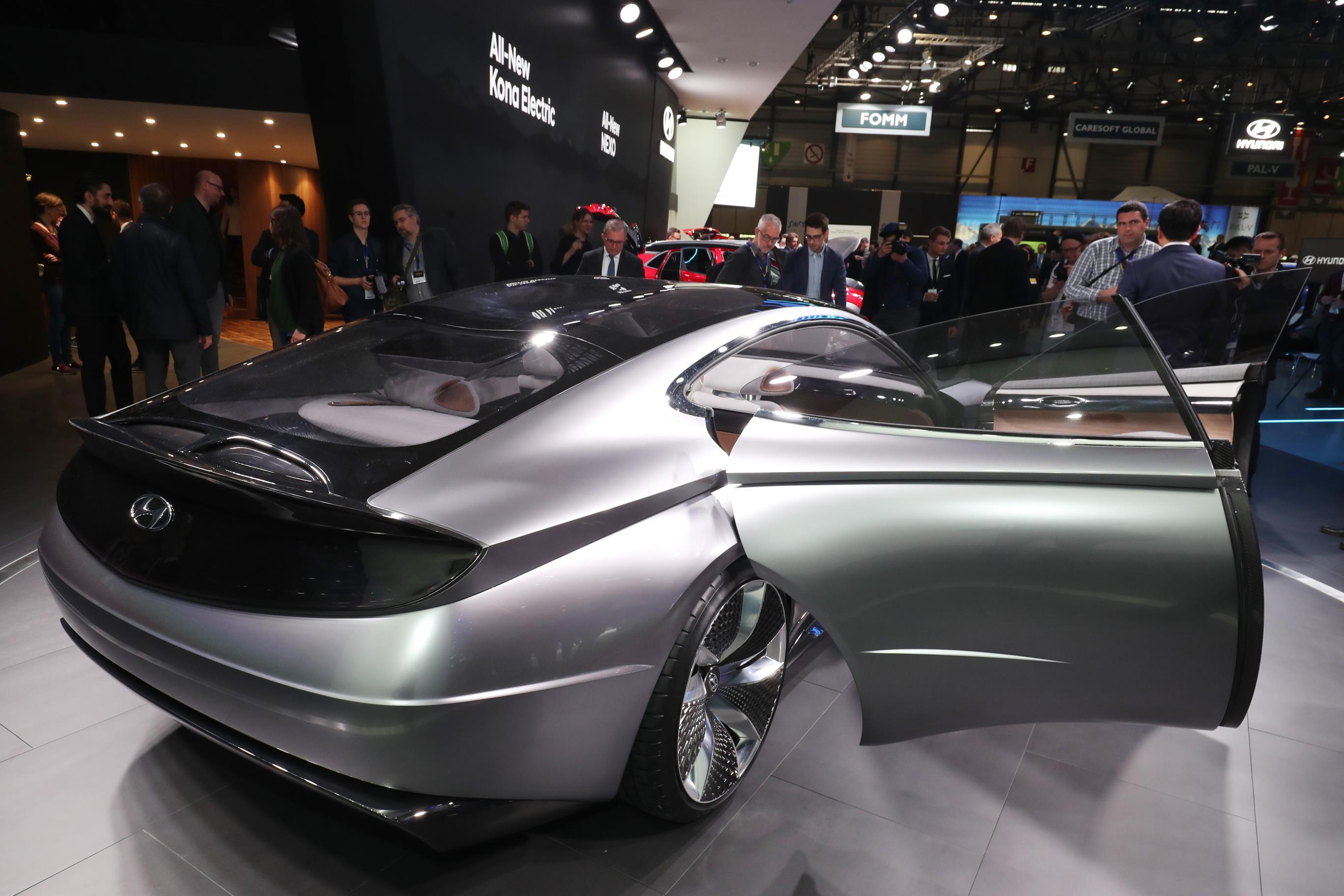 Geneva Motor Show 2018 Mega Gallery Part 1 (266)