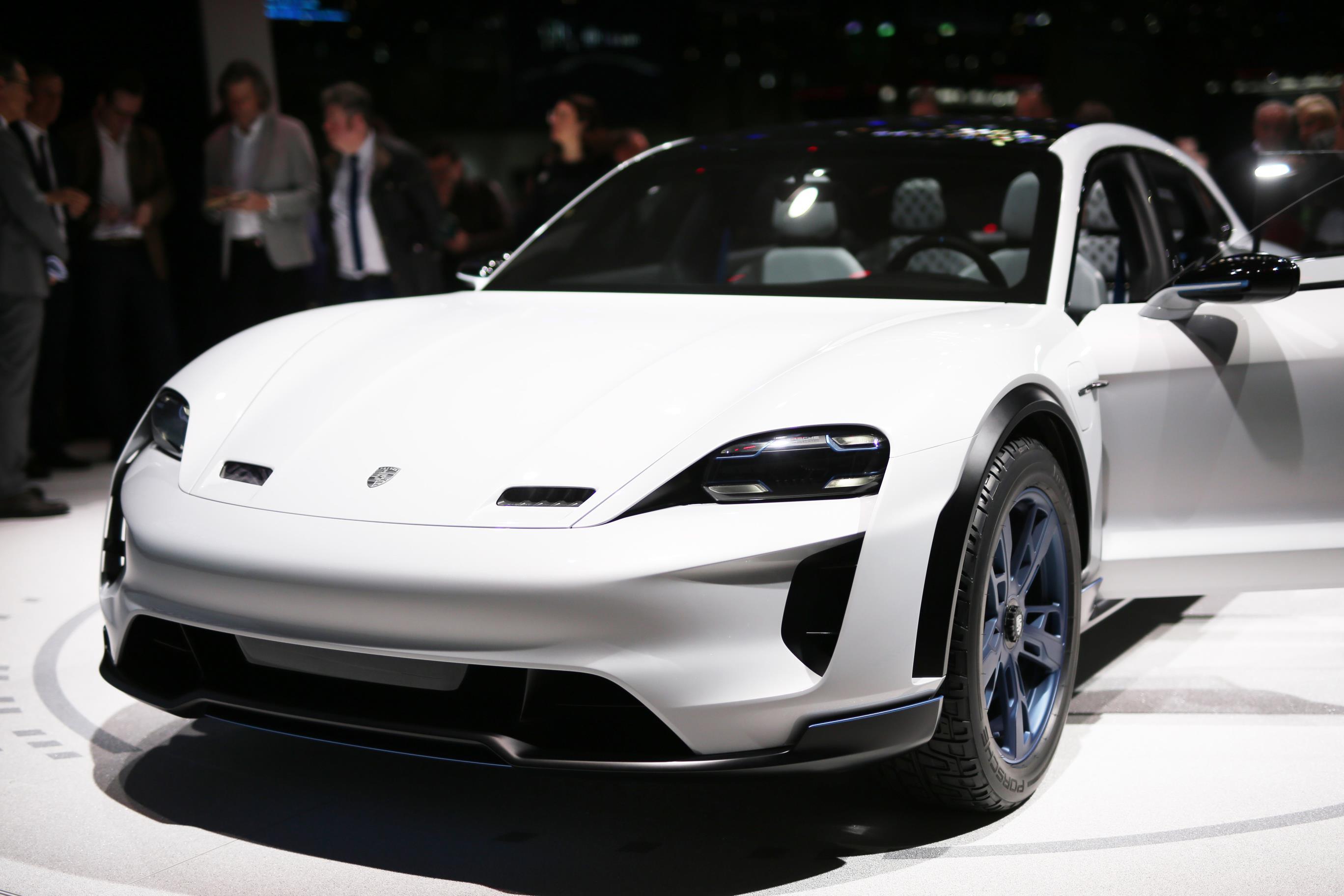 Geneva Motor Show 2018 Mega Gallery Part 1 (30)