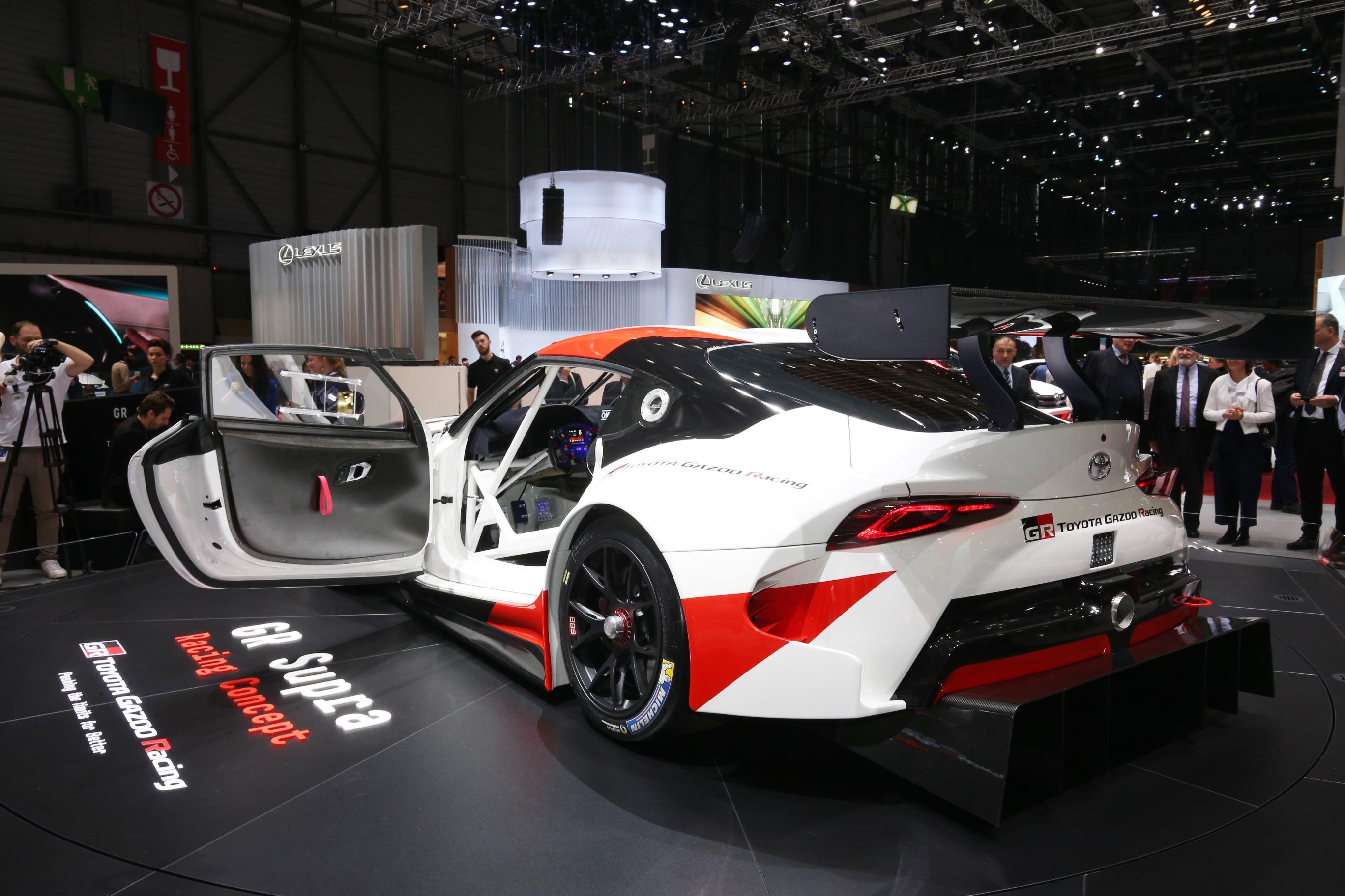Geneva Motor Show 2018 Mega Gallery Part 1 (328)