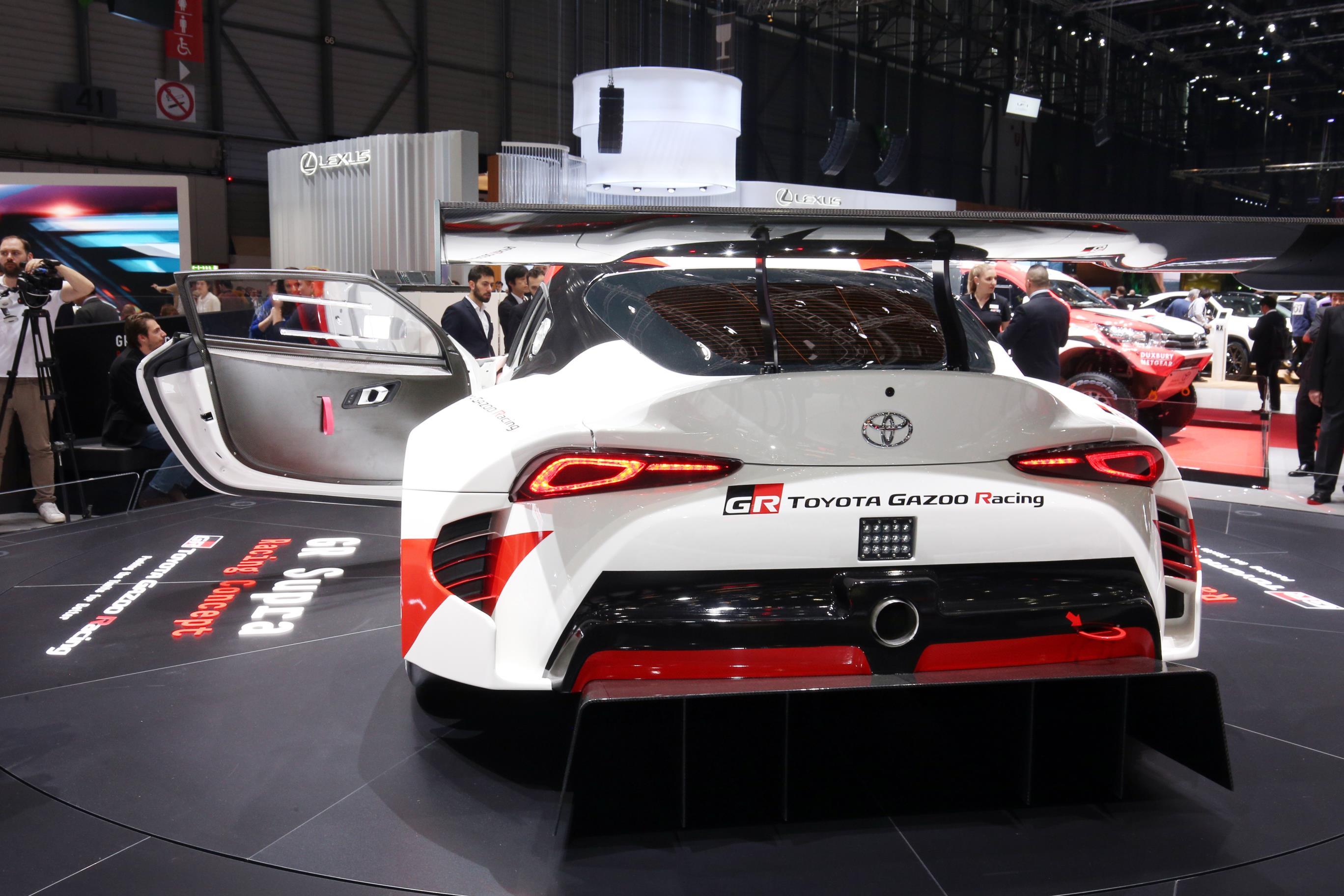 Geneva Motor Show 2018 Mega Gallery Part 1 (329)