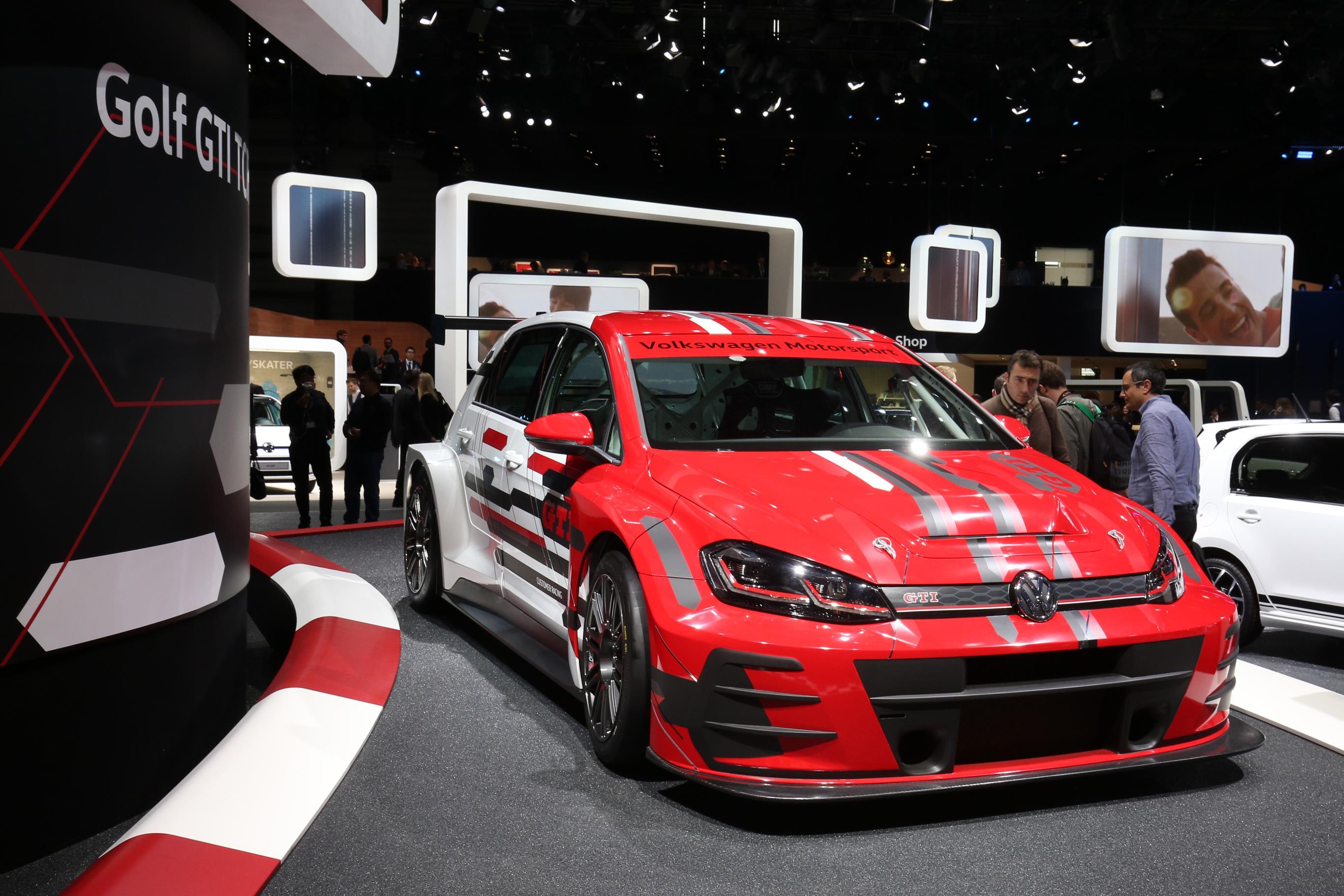 Geneva Motor Show 2018 Mega Gallery Part 1 (336)