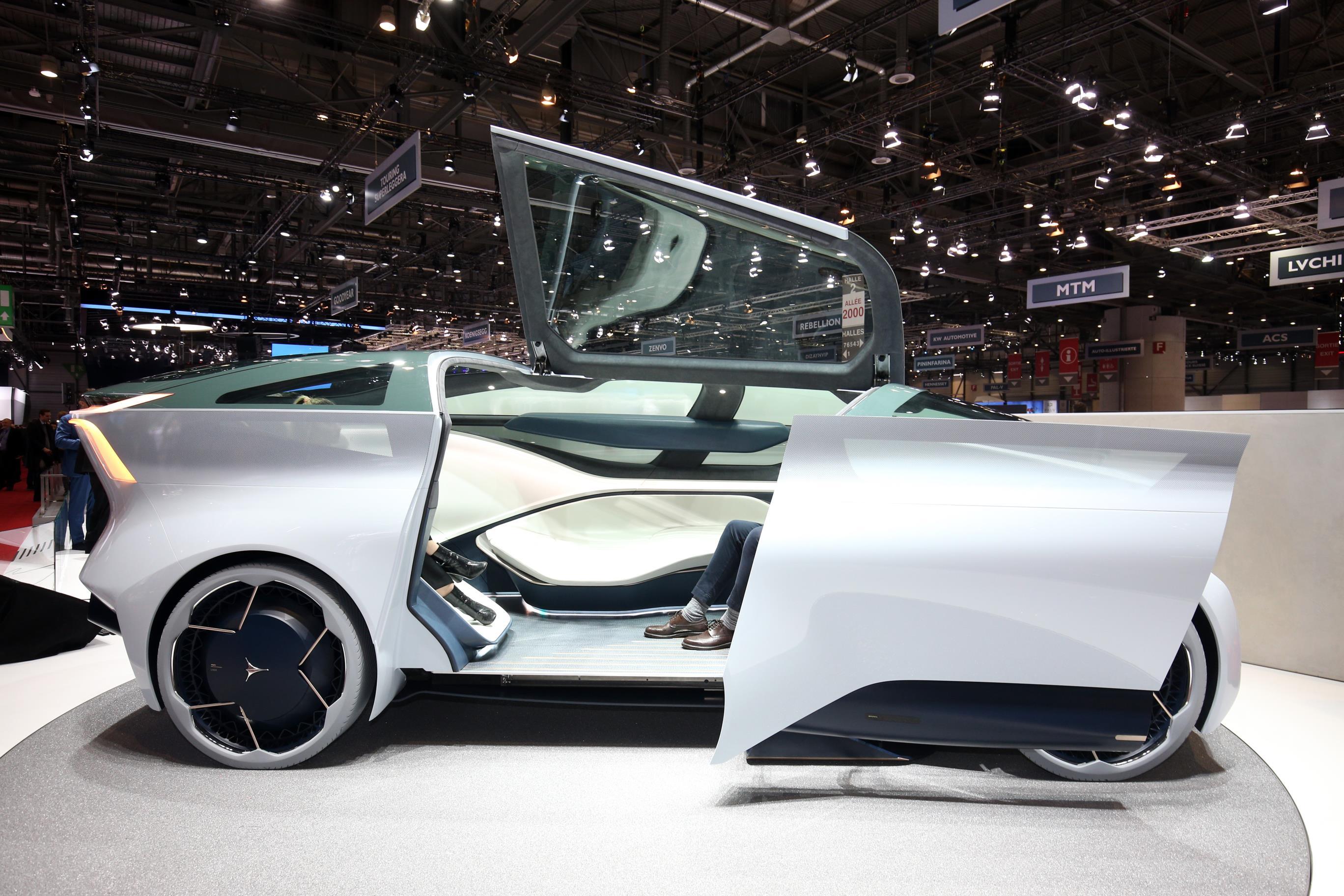 Geneva Motor Show 2018 Mega Gallery Part 1 (338)