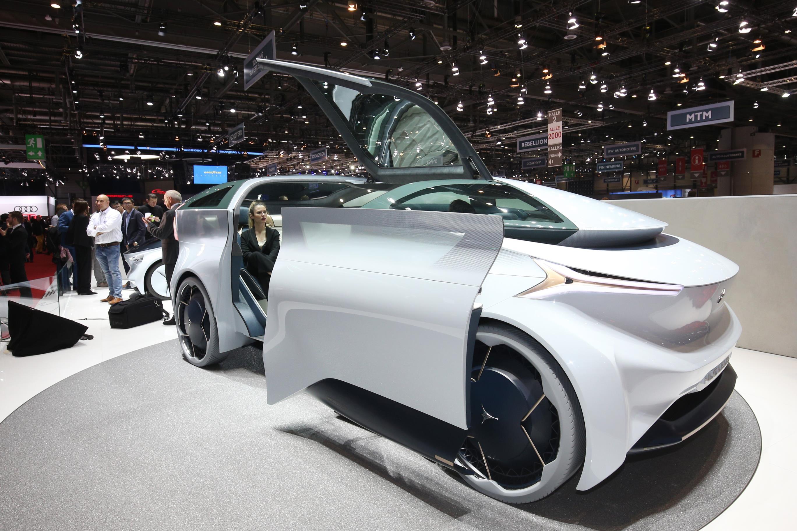 Geneva Motor Show 2018 Mega Gallery Part 1 (339)