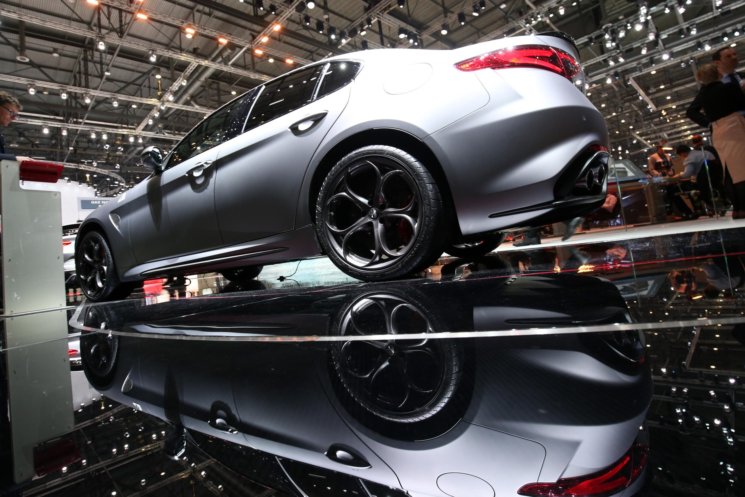 Geneva Motor Show 2018 Mega Gallery Part 1 (370)