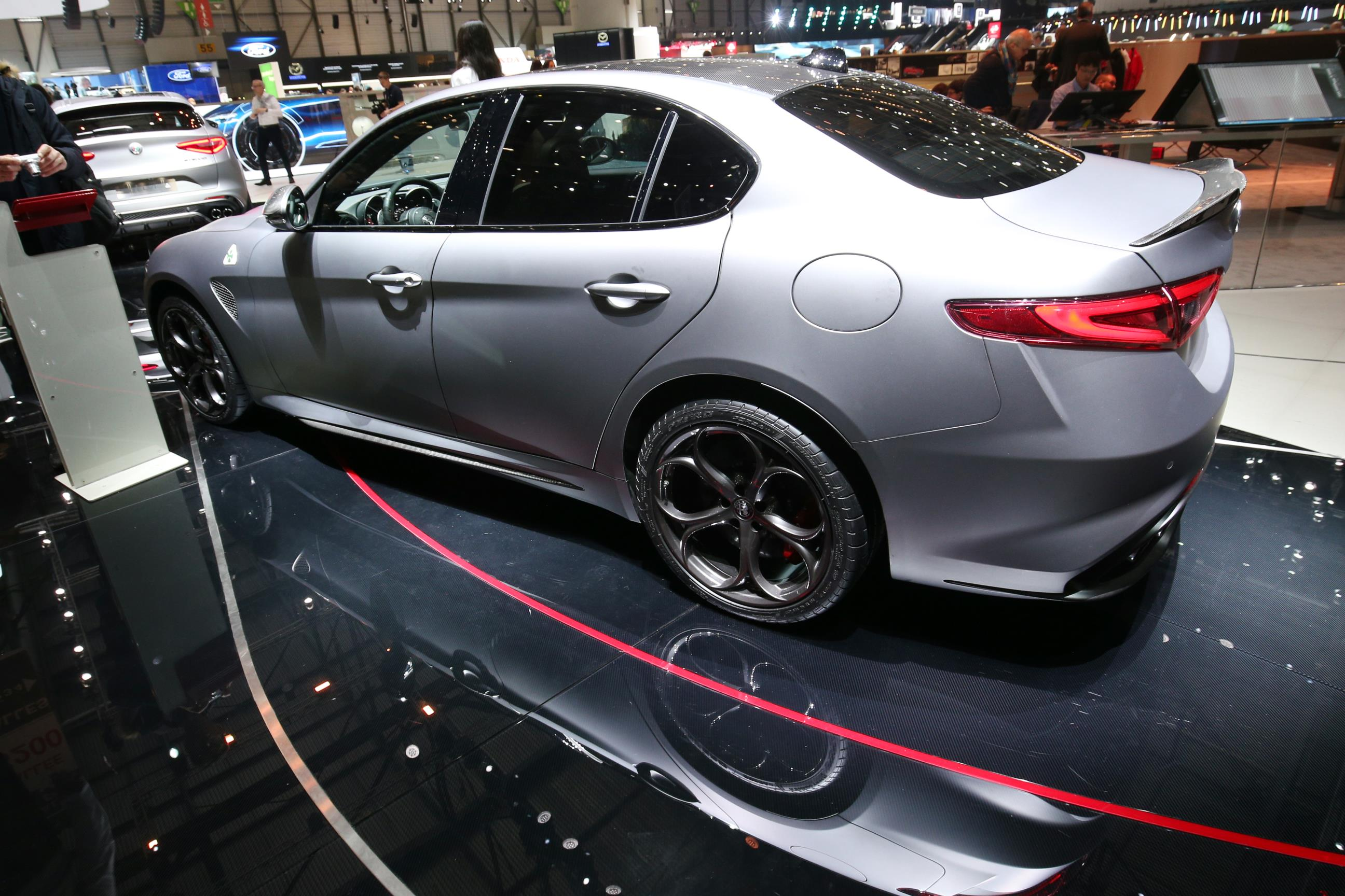 Geneva Motor Show 2018 Mega Gallery Part 1 (371)