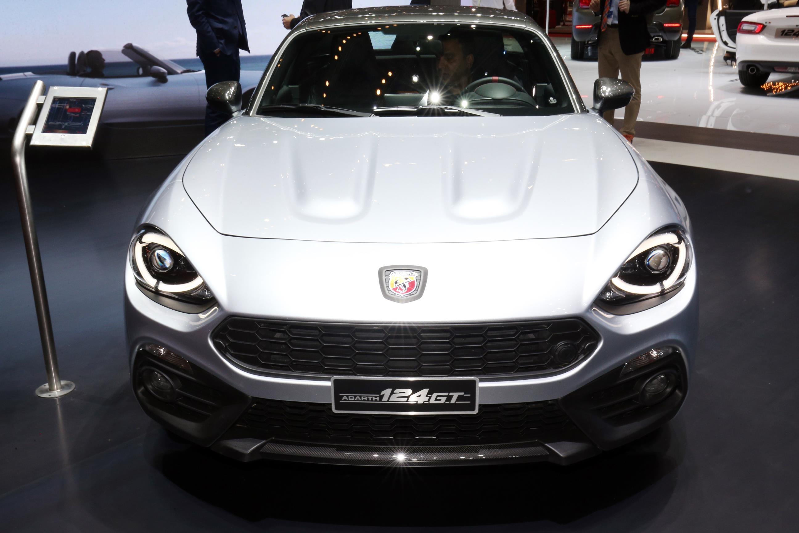 Geneva Motor Show 2018 Mega Gallery Part 1 (376)