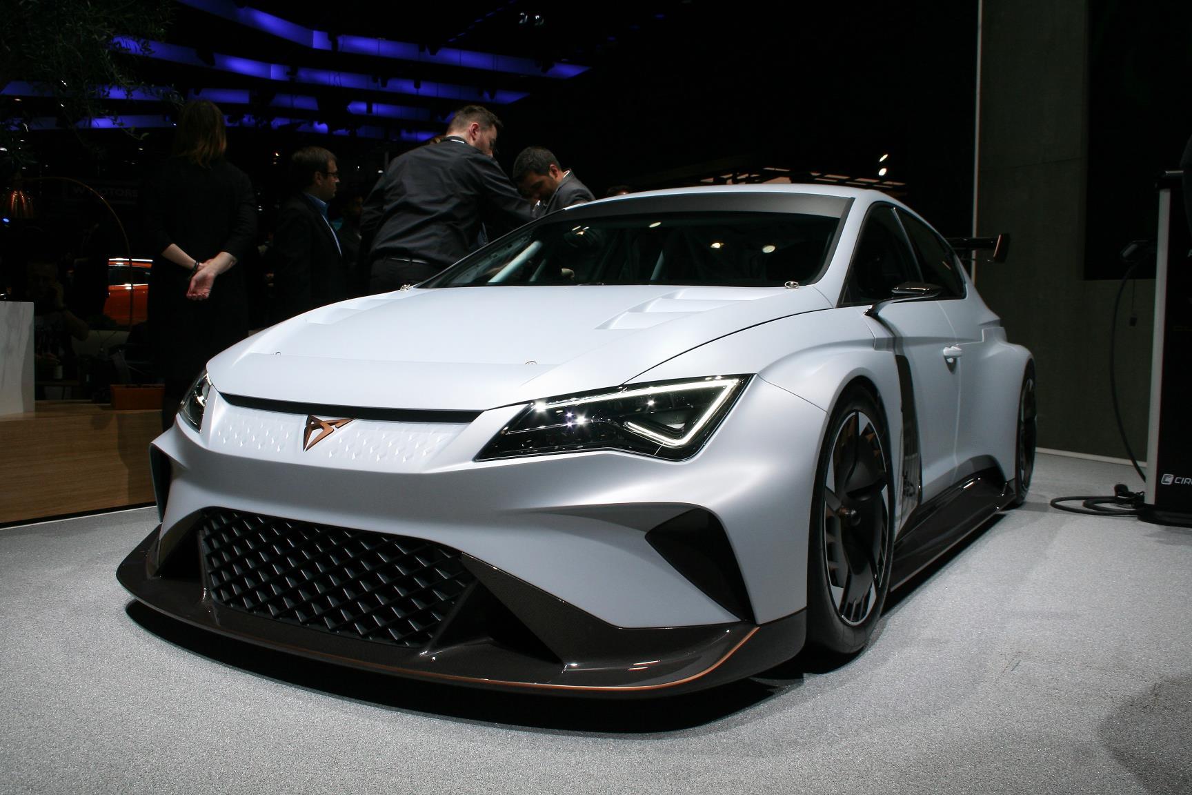 Geneva Motor Show 2018 Mega Gallery Part 1 (81)