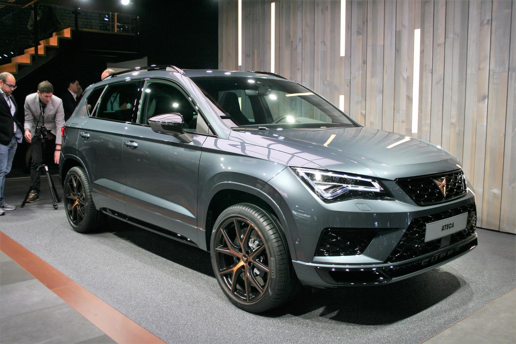 Geneva Motor Show 2018 Mega Gallery Part 1 (90)