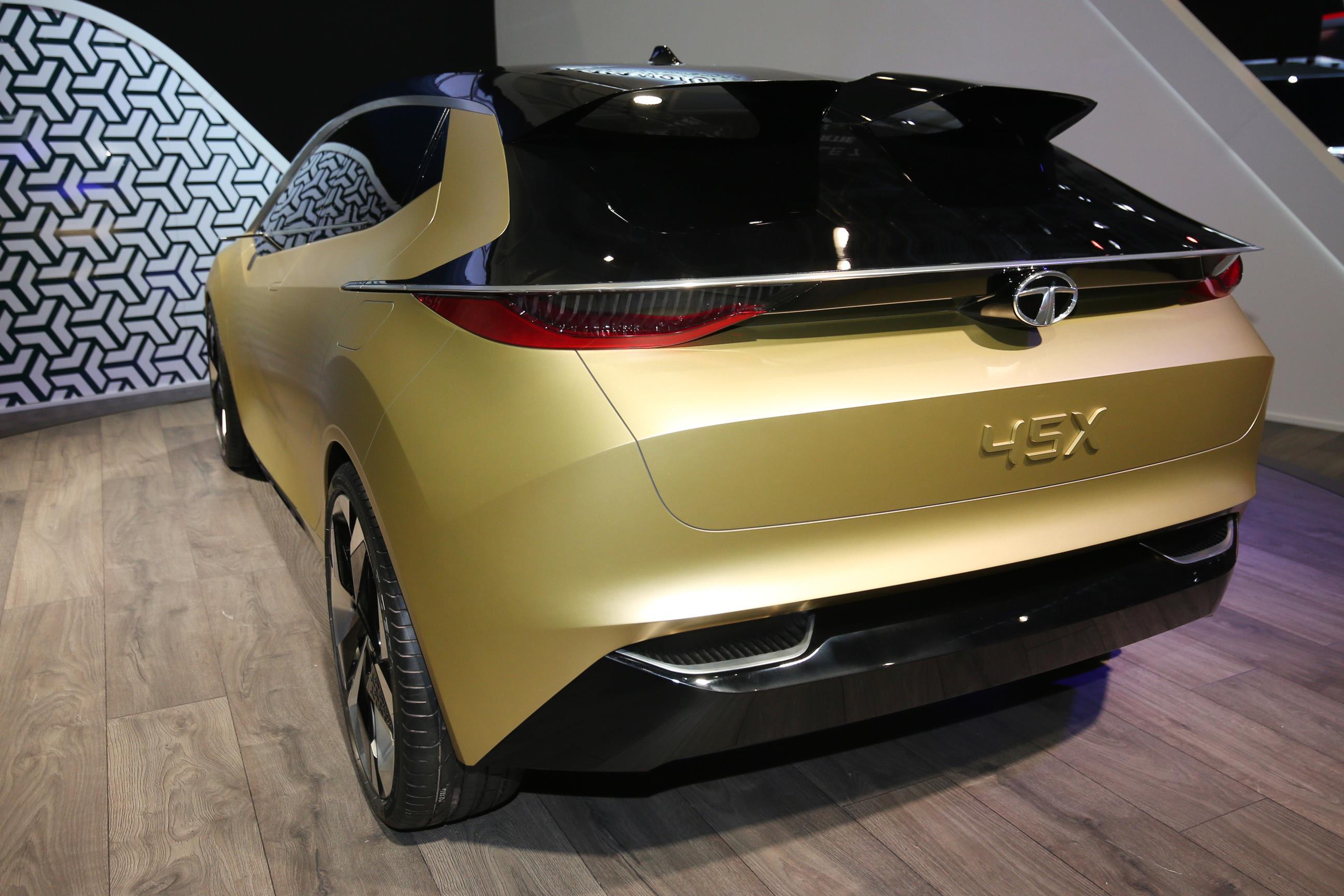 Geneva Motor Show 2018 Mega Gallery Part 2 (179)