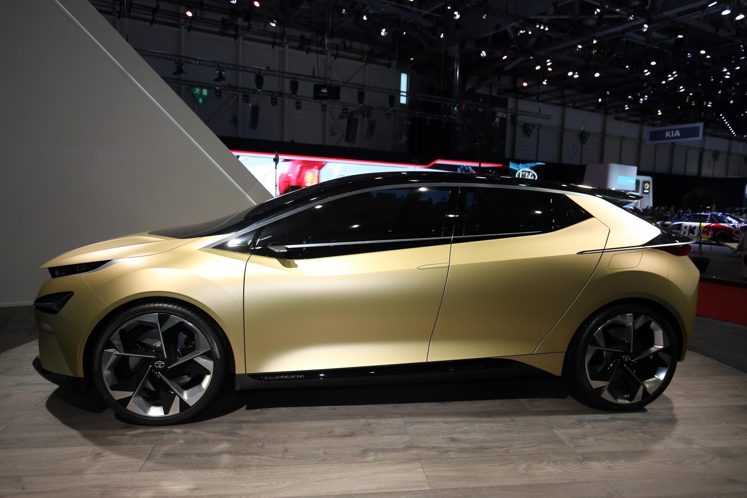 Geneva Motor Show 2018 Mega Gallery Part 2 (180)